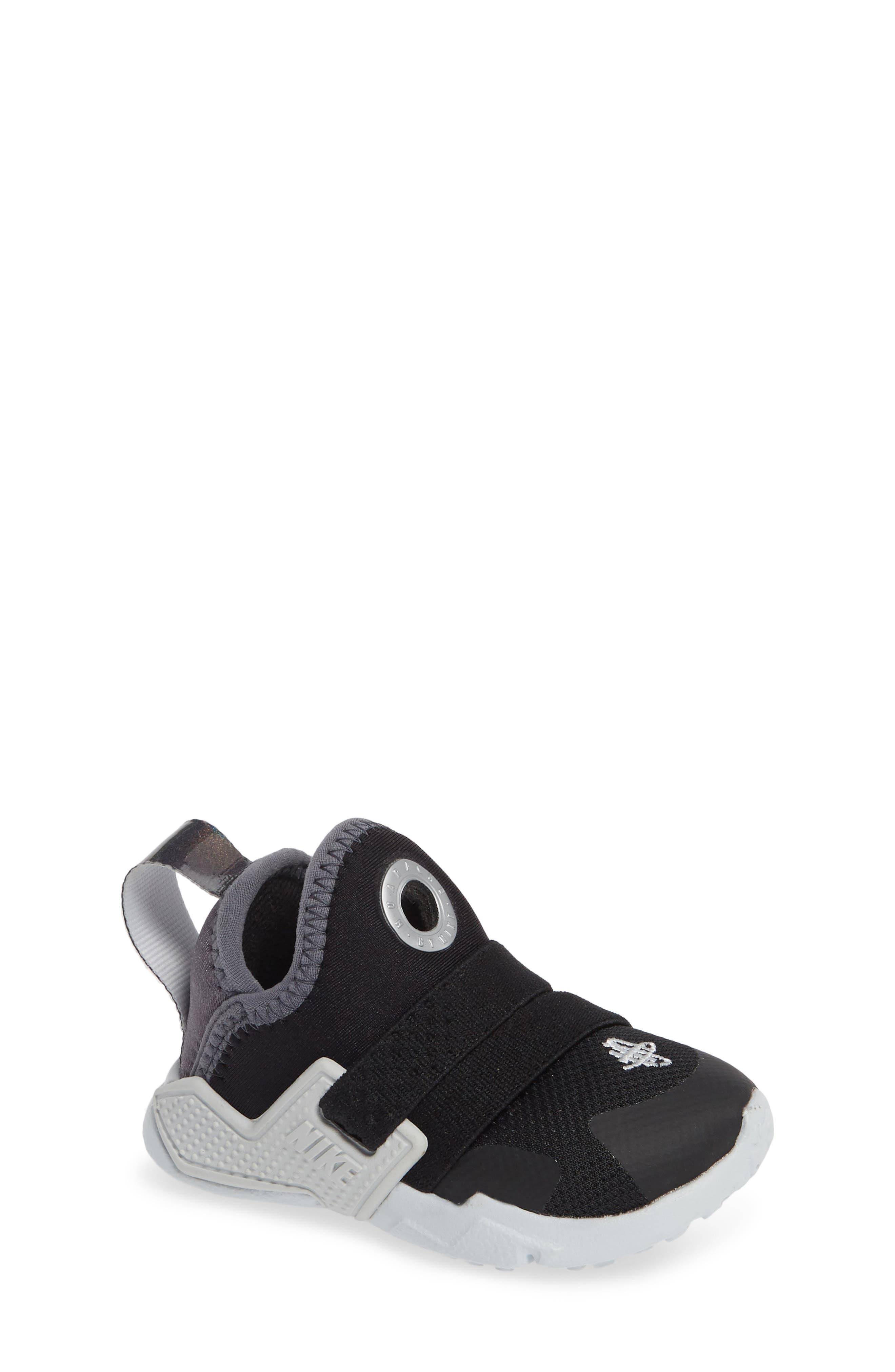 NIKE, Huarache Extreme Sneaker, Main thumbnail 1, color, BLACK/ METALLIC SILVER-GREY