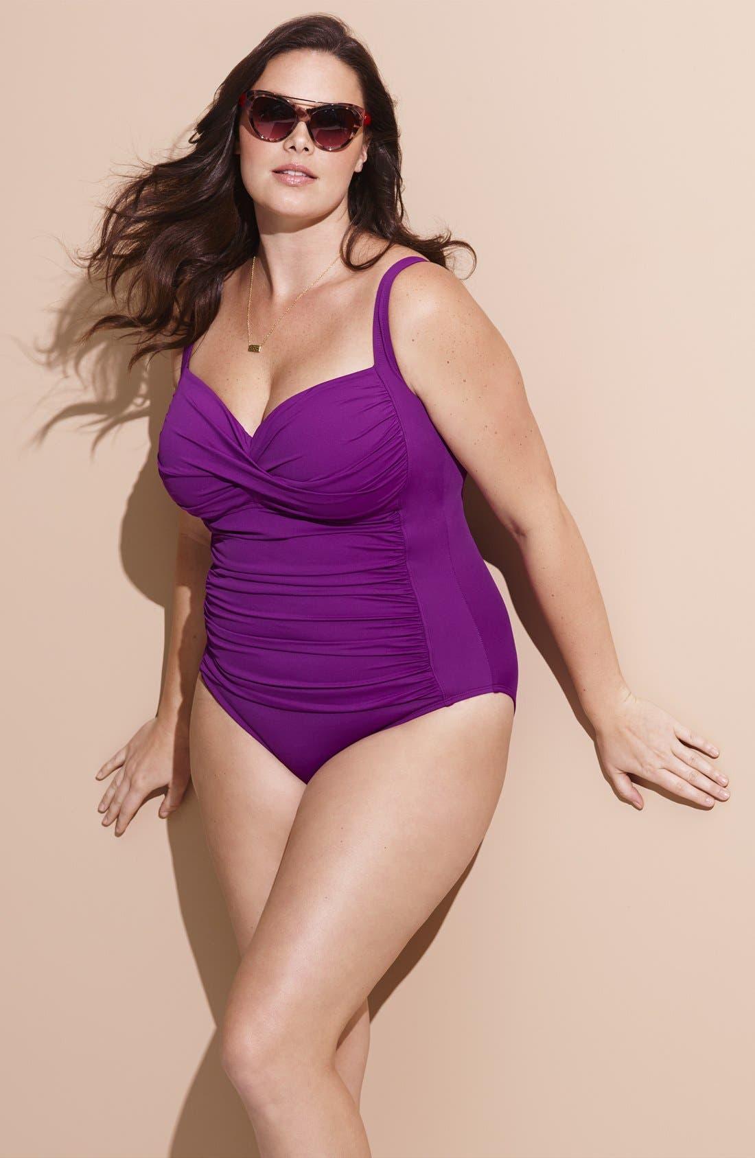LA BLANCA, 'Core' Ruched One-Piece Swimsuit, Alternate thumbnail 4, color, 001