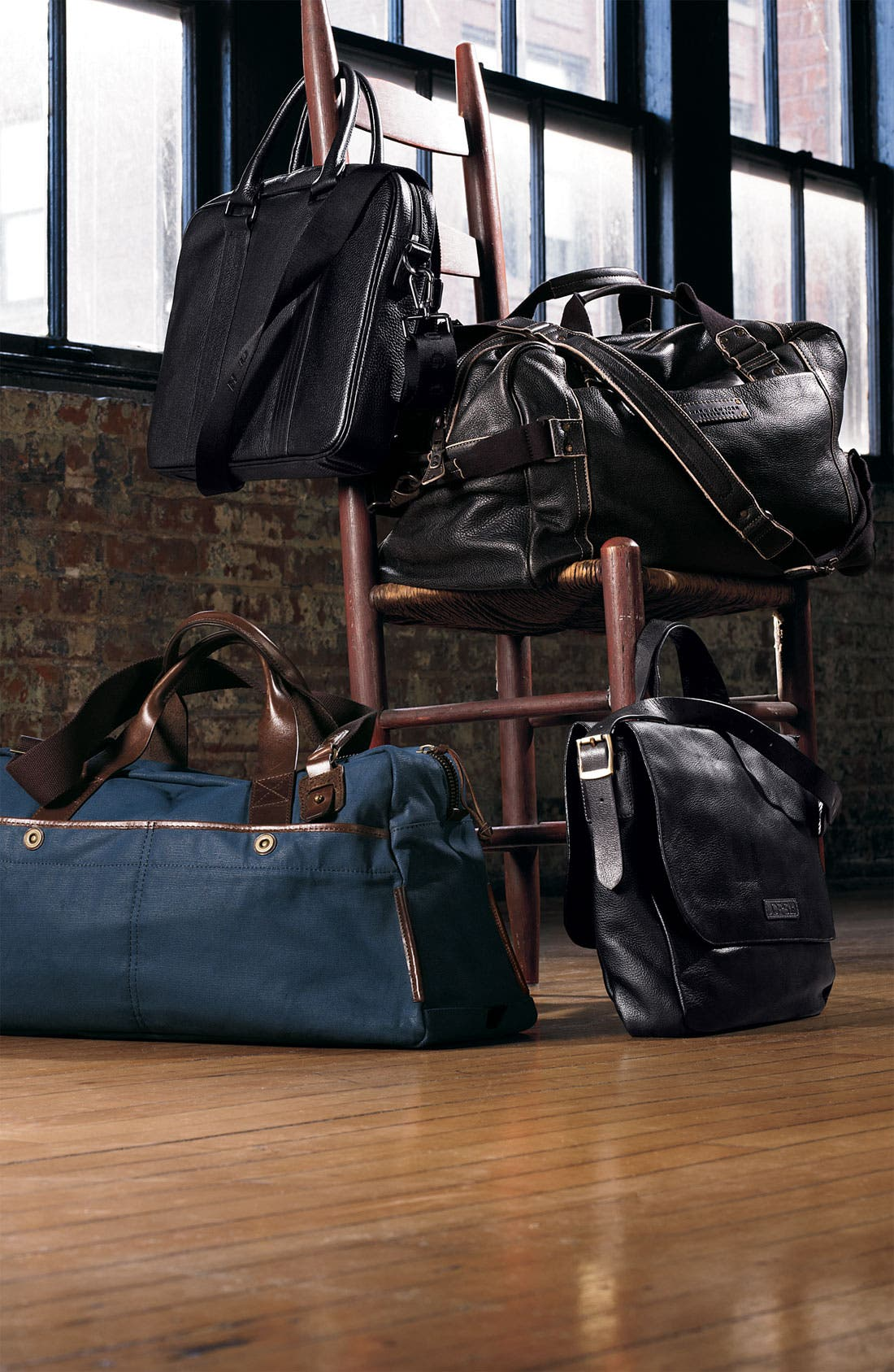 MARC NEW YORK, by Andrew Marc Vintage Leather Weekend Duffel Bag, Alternate thumbnail 3, color, 001