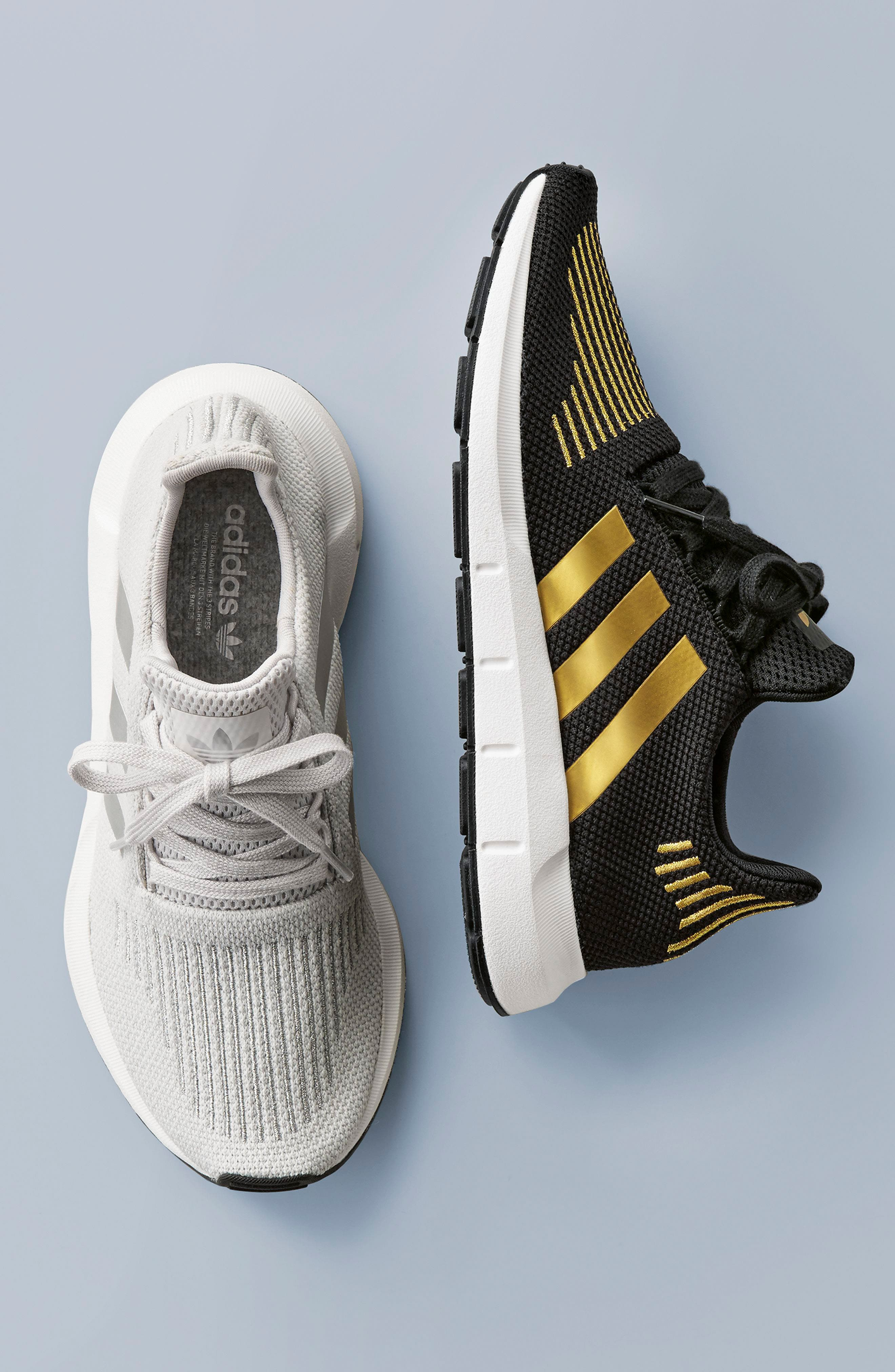 ADIDAS, Swift Run Sneaker, Alternate thumbnail 2, color, 010