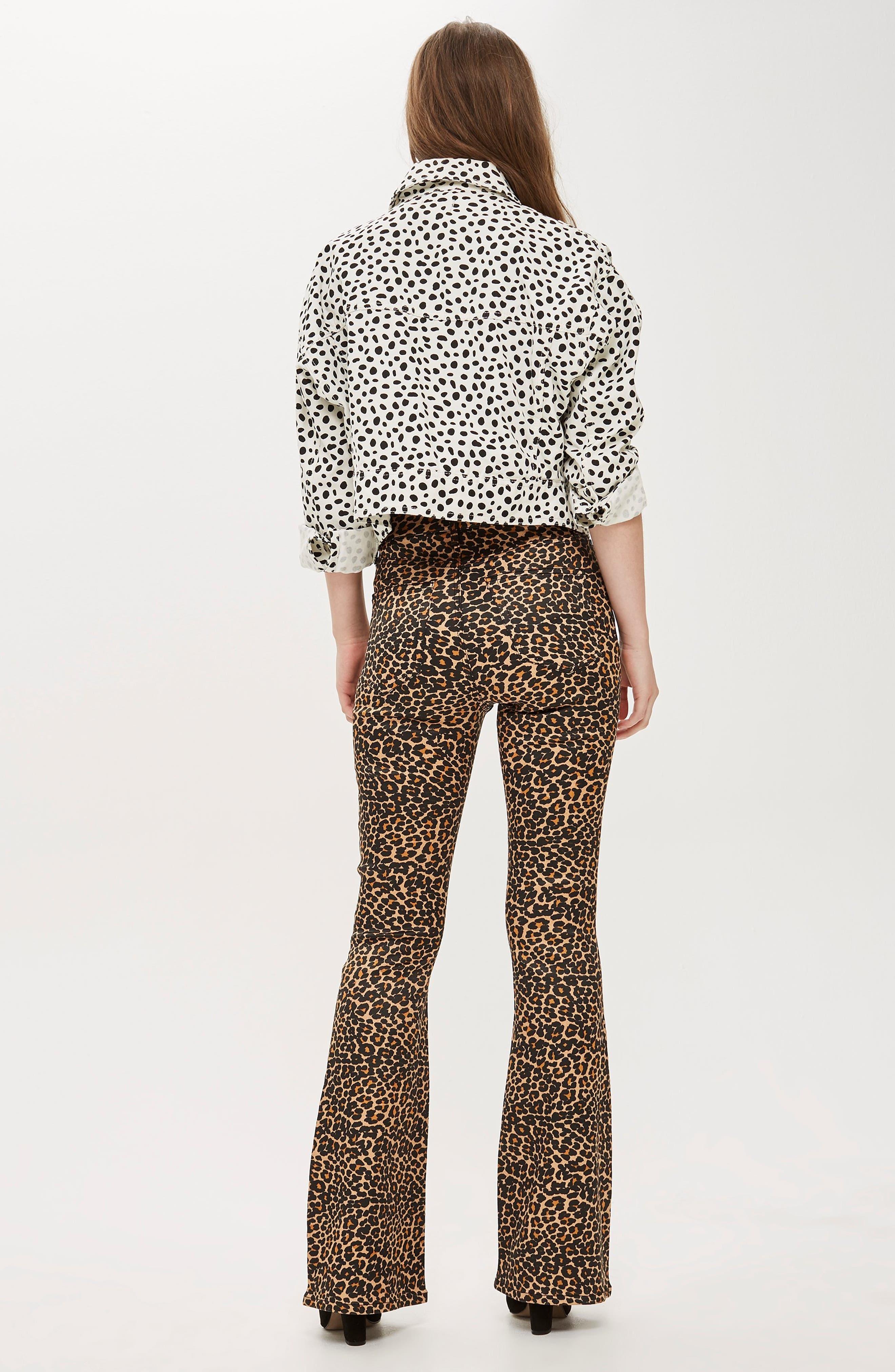 TOPSHOP, MOTO Leopard Print Flare Jeans, Alternate thumbnail 5, color, 200