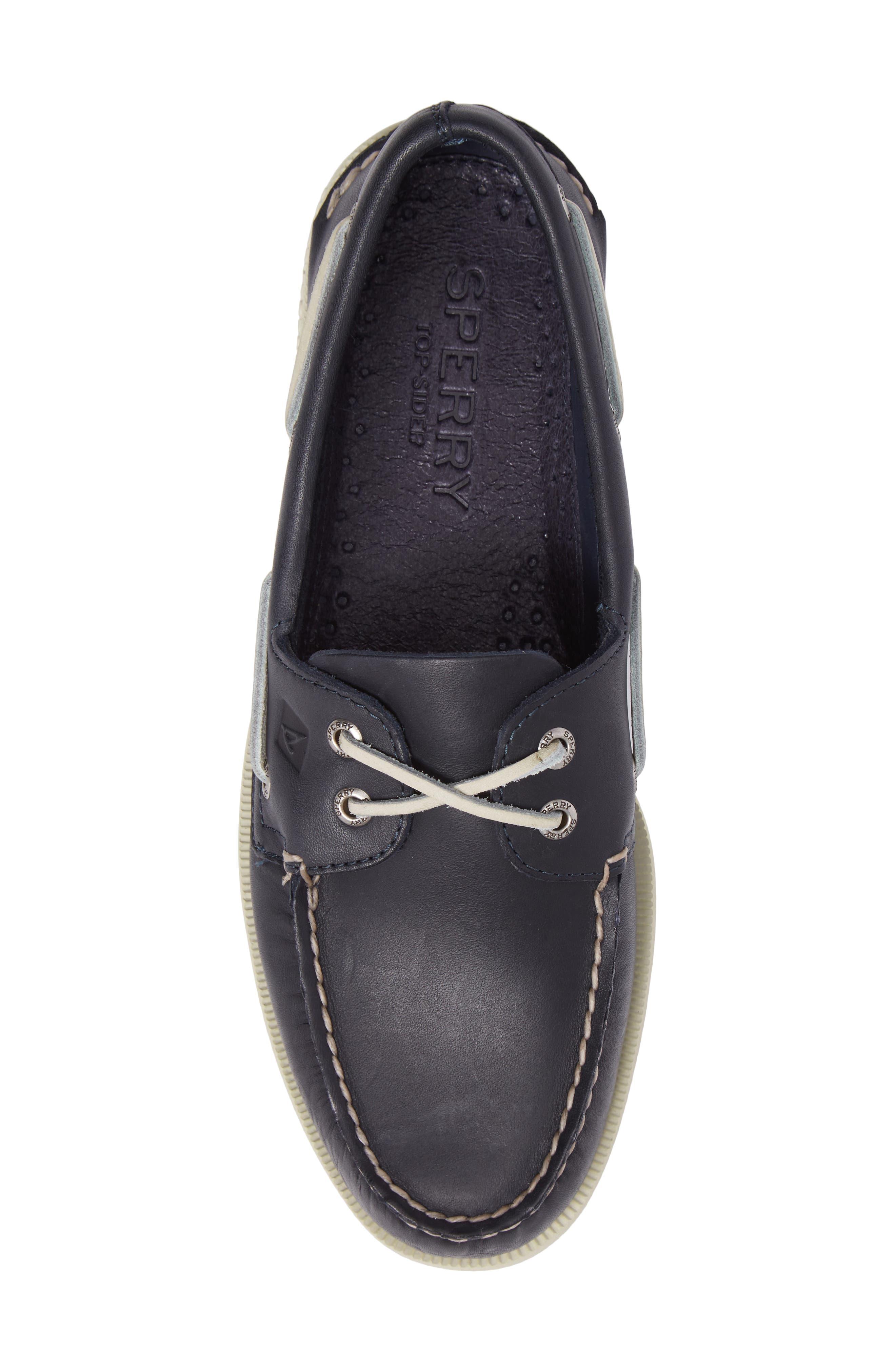 SPERRY, Authentic Original Boat Shoe, Alternate thumbnail 5, color, NAVY