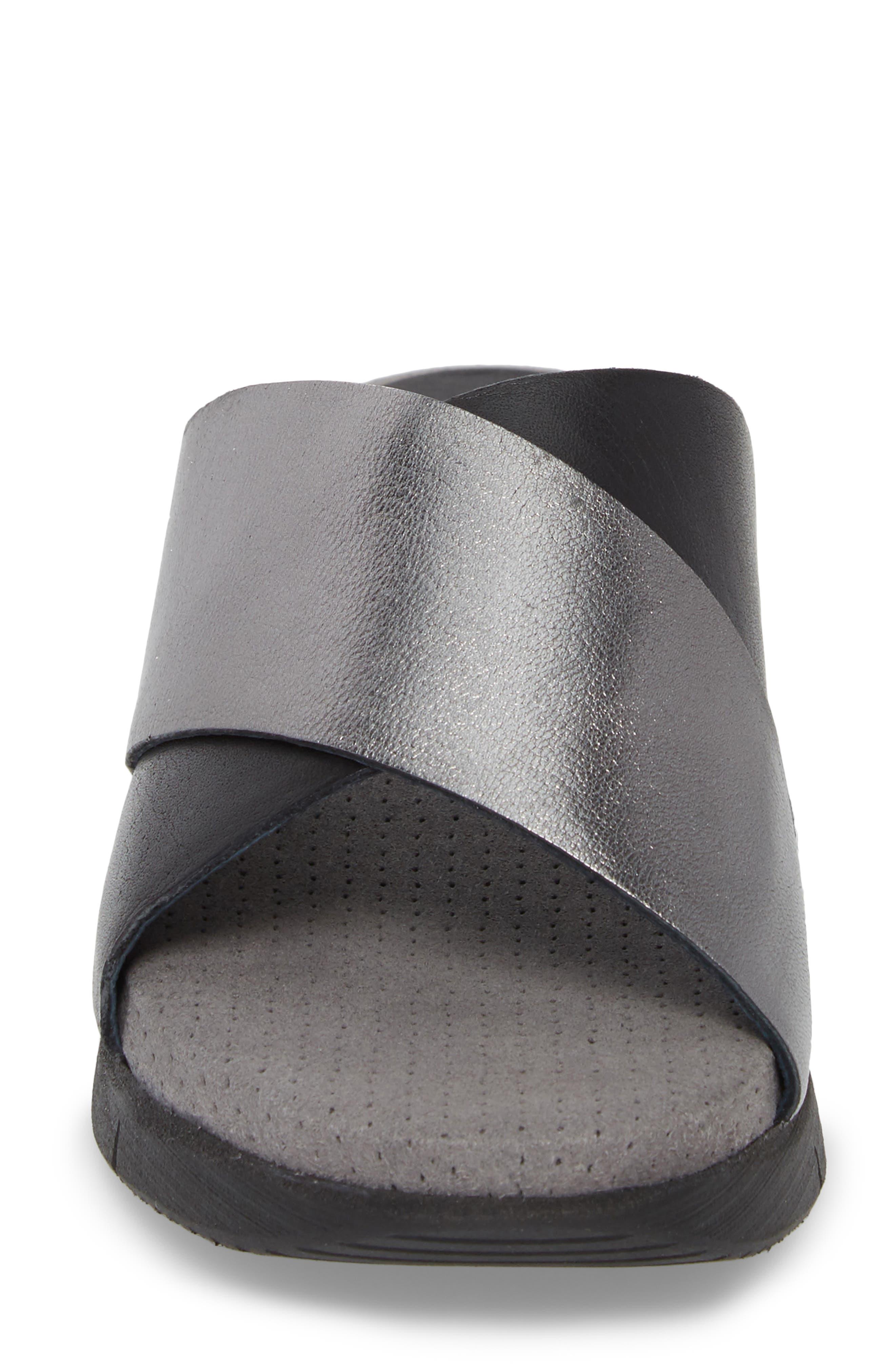 BOS. & CO., Piney Slide Sandal, Alternate thumbnail 4, color, BLACK/ PEWTER LEATHER