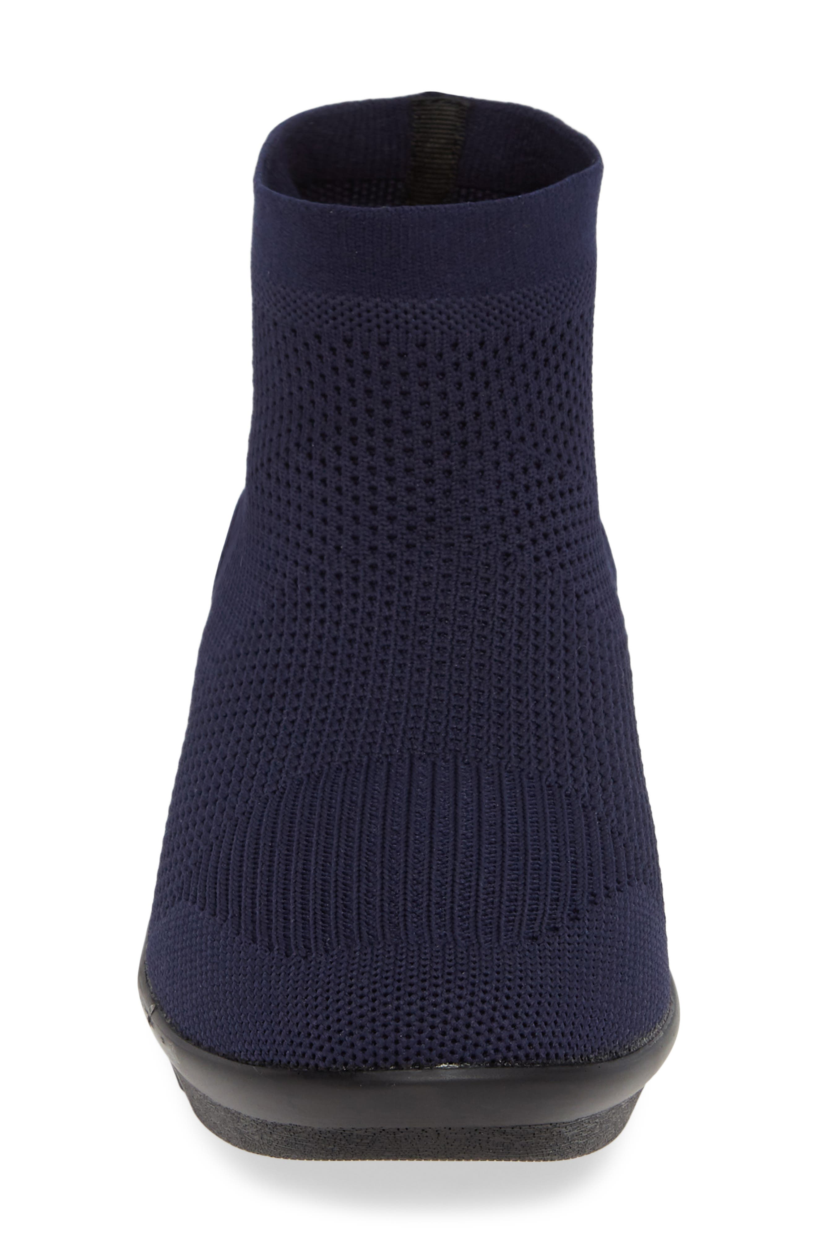 BERNIE MEV., Camryn Knit Bootie, Alternate thumbnail 4, color, NAVY FABRIC