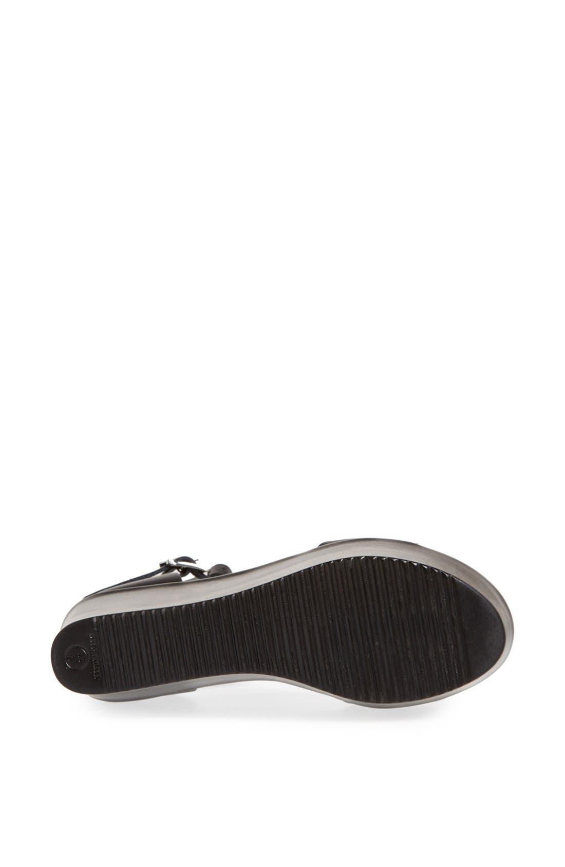 TOPSHOP, 'Wallis' Ankle Strap Platform Sandal, Alternate thumbnail 4, color, 001