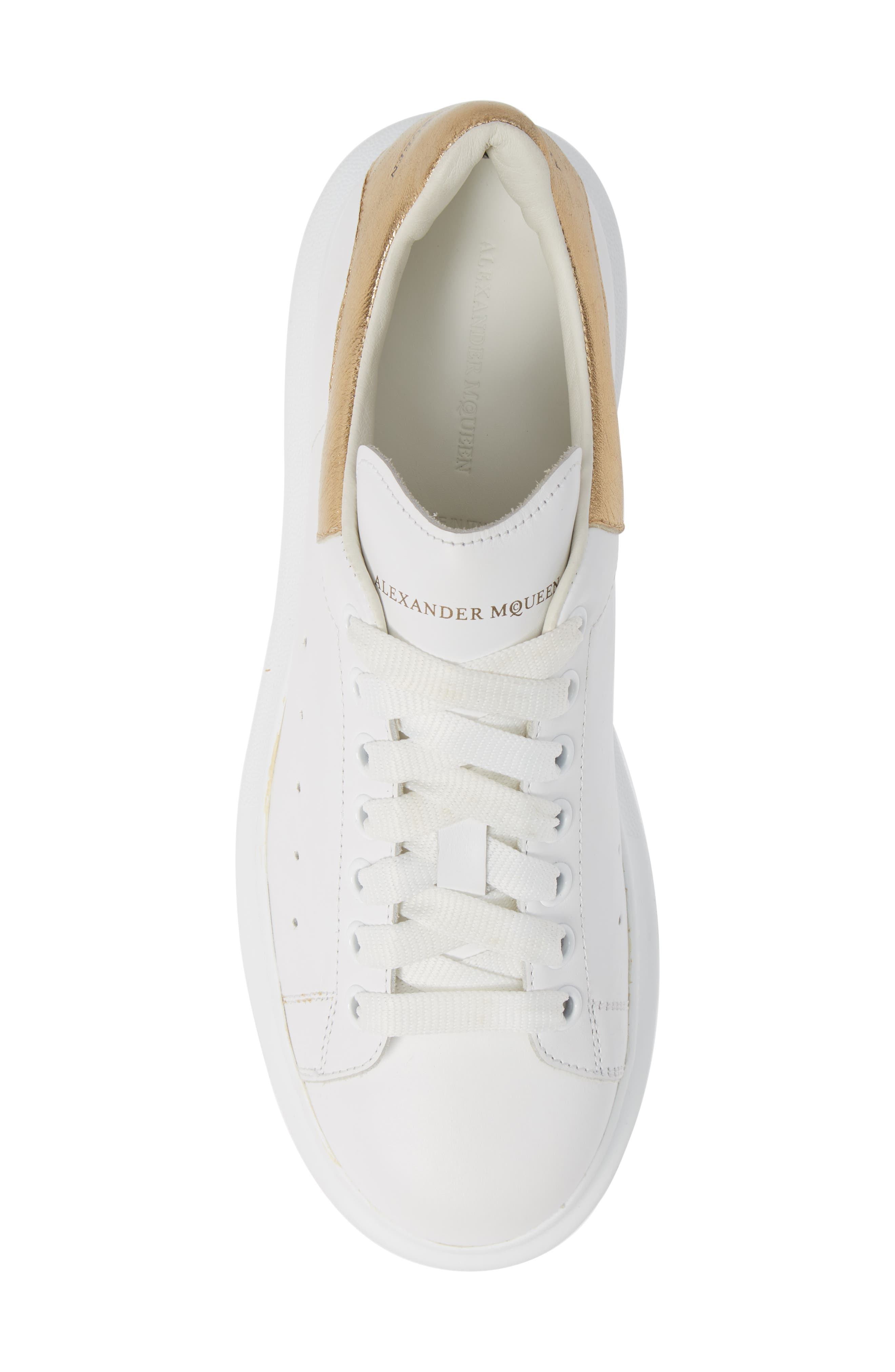 ALEXANDER MCQUEEN, Oversized Sneaker, Alternate thumbnail 5, color, WHITE/ GOLD