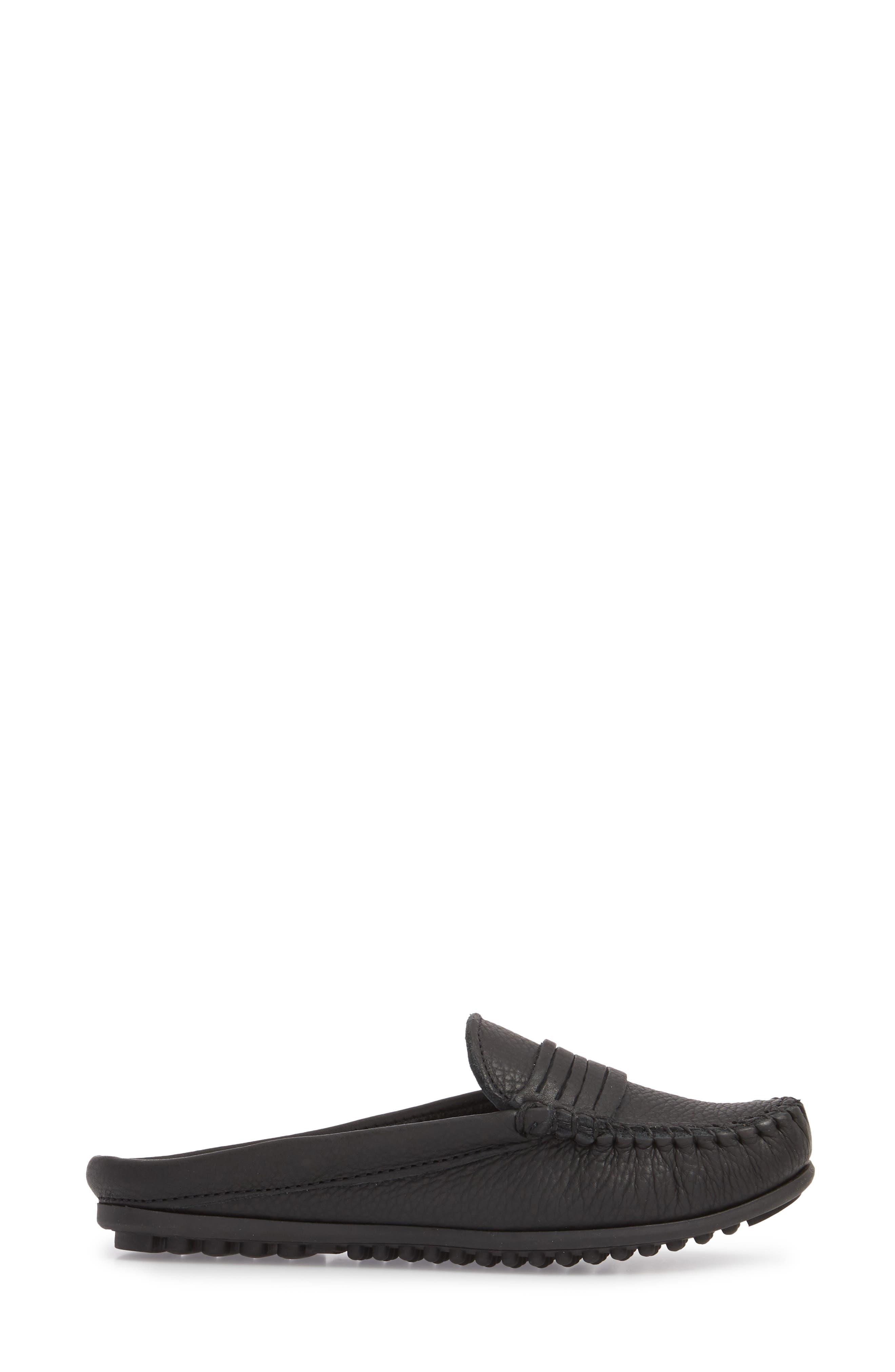 MINNETONKA, Kate Moc Toe Loafer Mule, Alternate thumbnail 3, color, BLACK