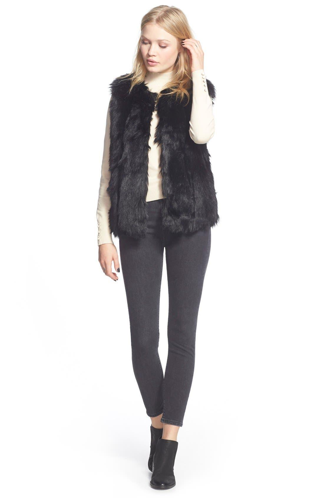 TOPSHOP, 'Leah' Faux Fur Vest, Alternate thumbnail 5, color, 001