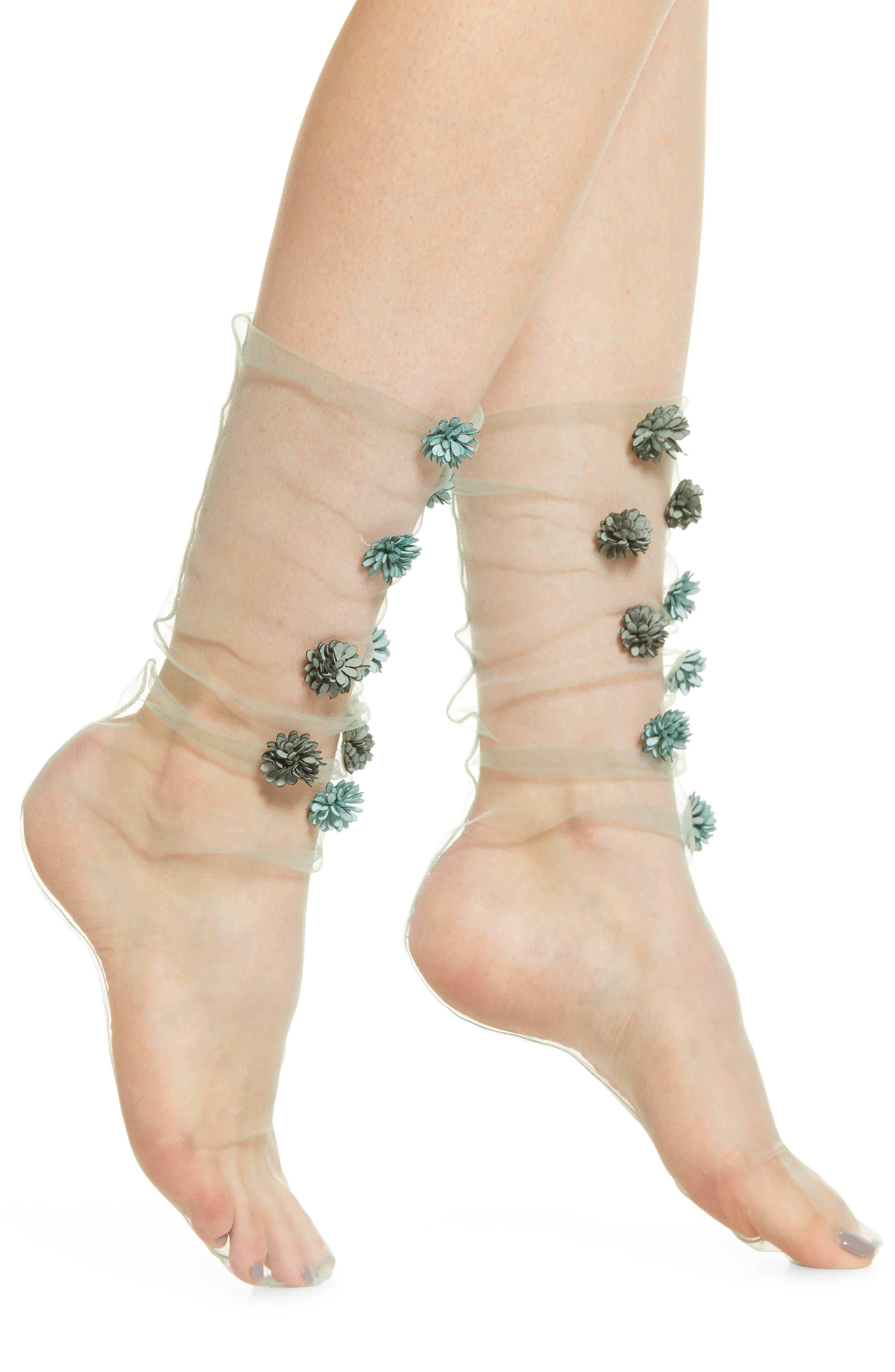 LIRIKA MATOSHI, Dahlias Tulle Socks, Main thumbnail 1, color, LIGHT GREEN