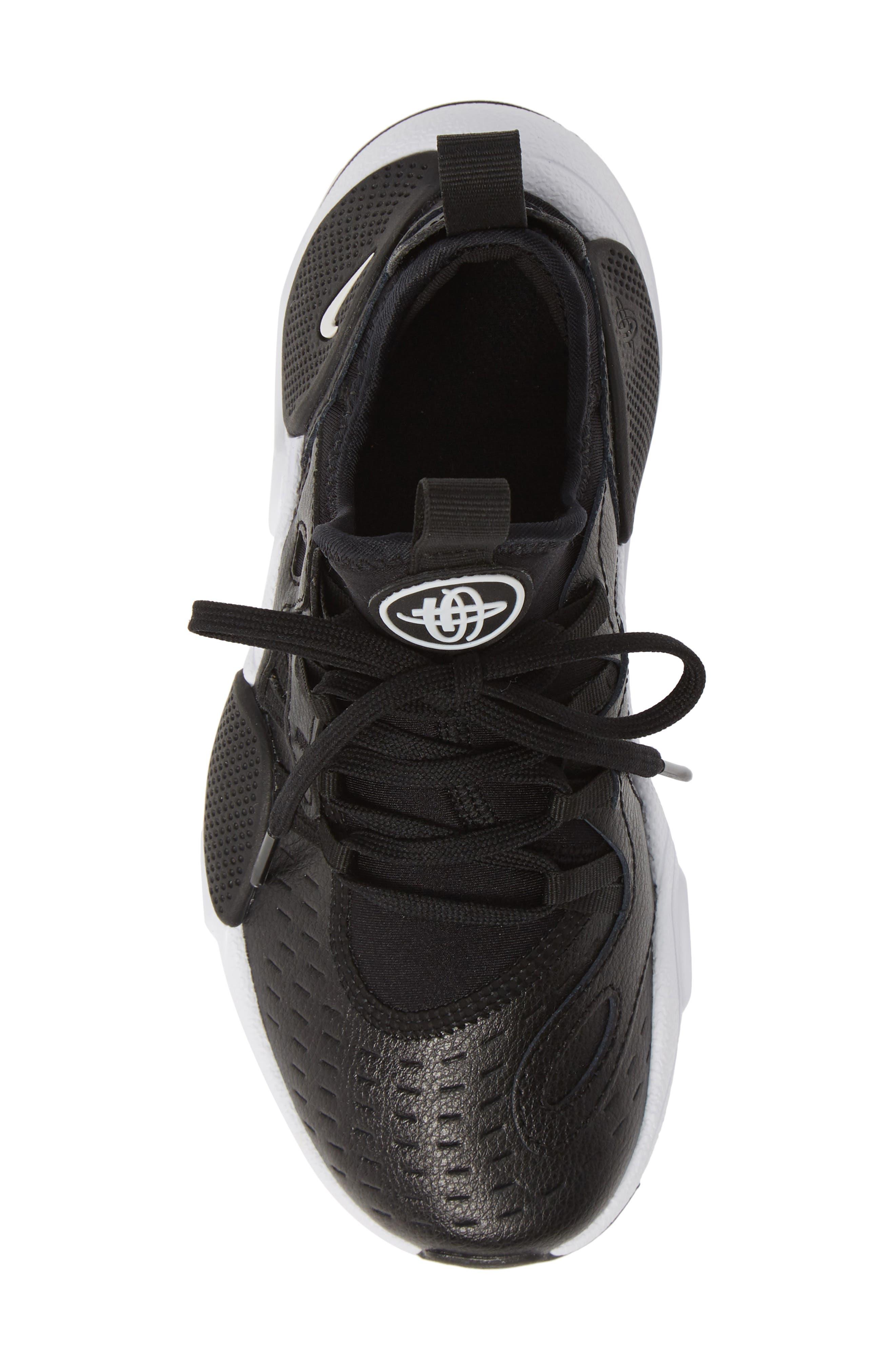 NIKE, Huarache E.D.G.E. Sneaker, Alternate thumbnail 5, color, BLACK/ WHITE