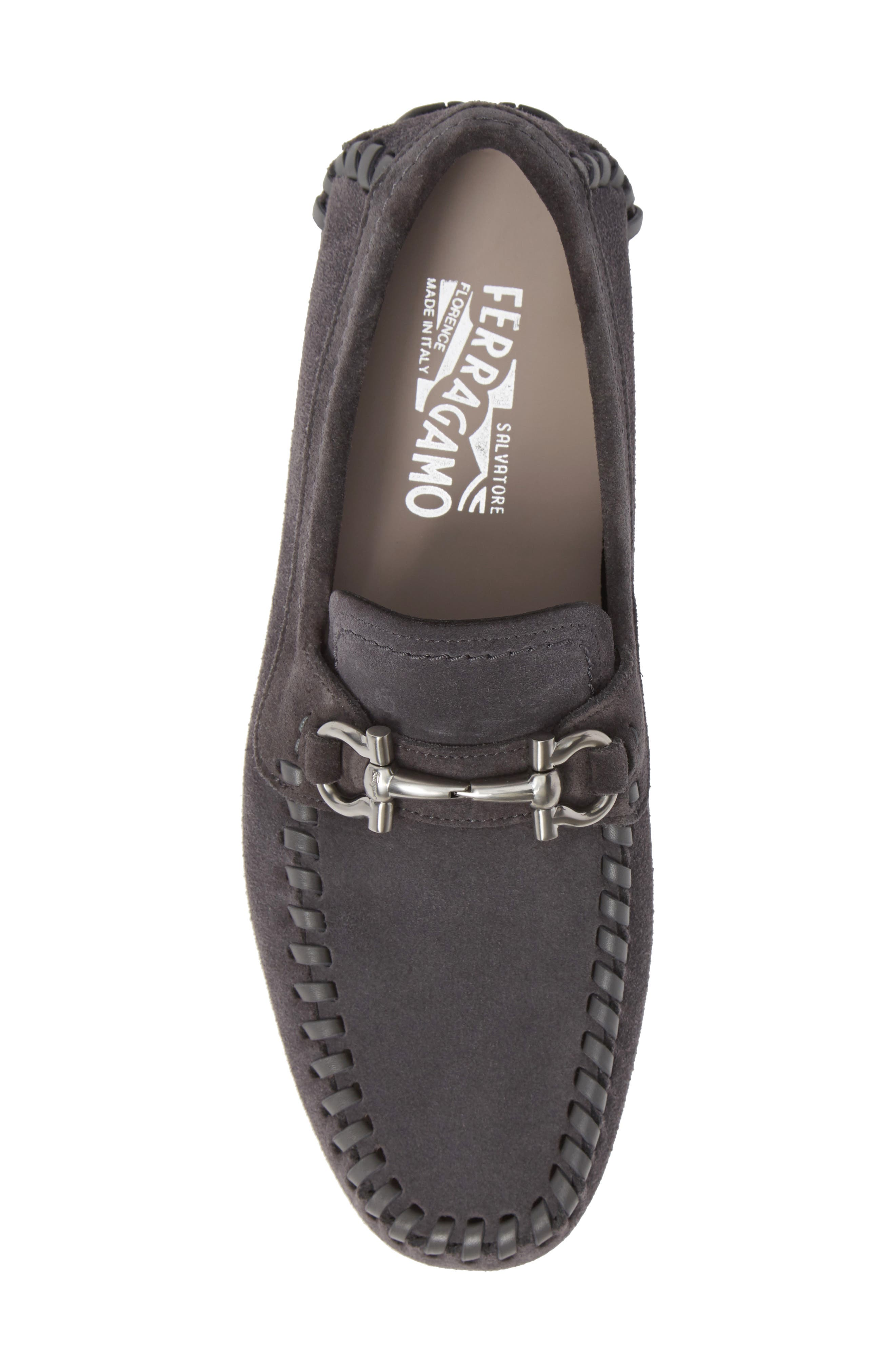 SALVATORE FERRAGAMO, Parigi Bit Driving Moccasin, Alternate thumbnail 5, color, ASFALTO NERO