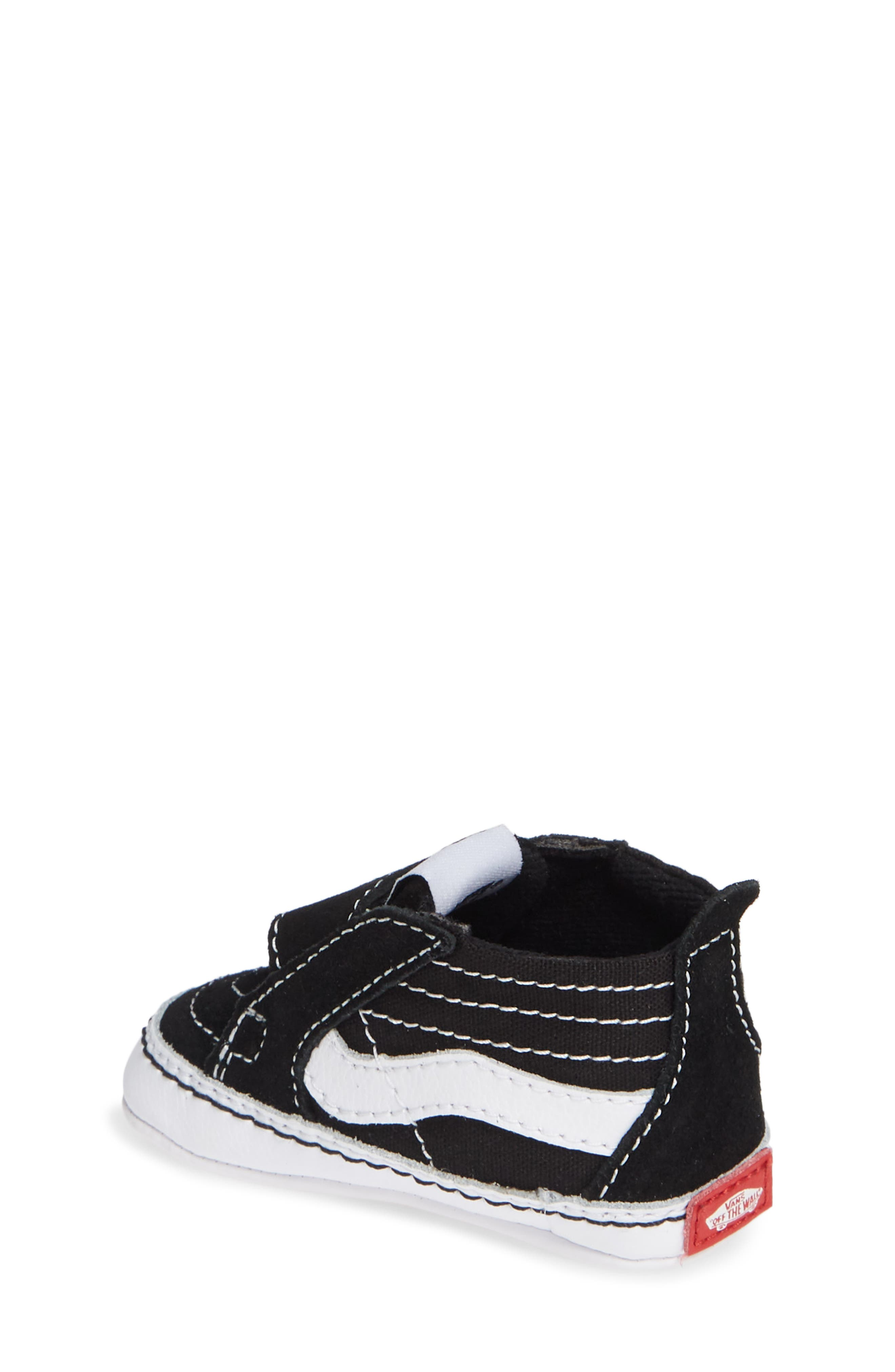 VANS, 'SK8-Hi' Crib Sneaker, Alternate thumbnail 2, color, BLACK/TRUE WHITE