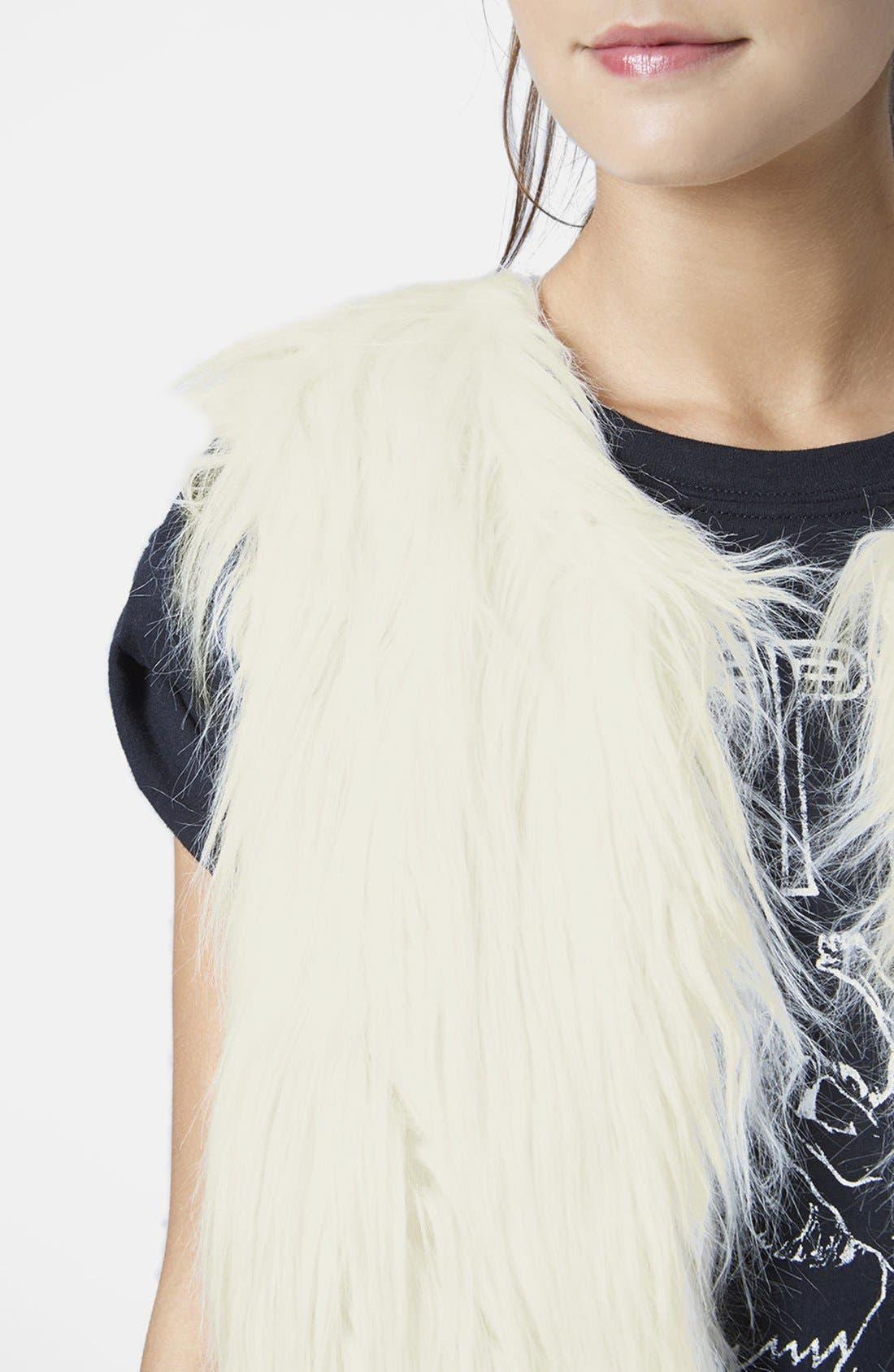 TOPSHOP, Faux Fur Gilet Vest, Alternate thumbnail 5, color, 900