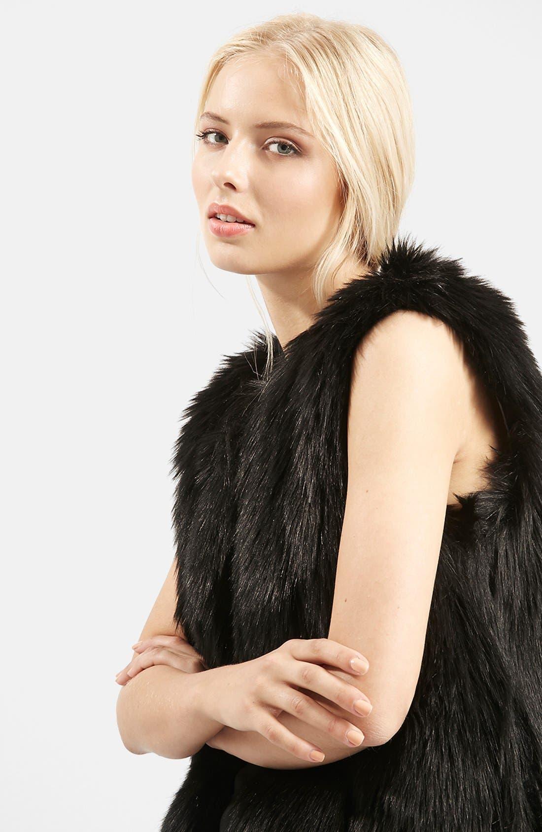 TOPSHOP, 'Leah' Faux Fur Vest, Alternate thumbnail 6, color, 001