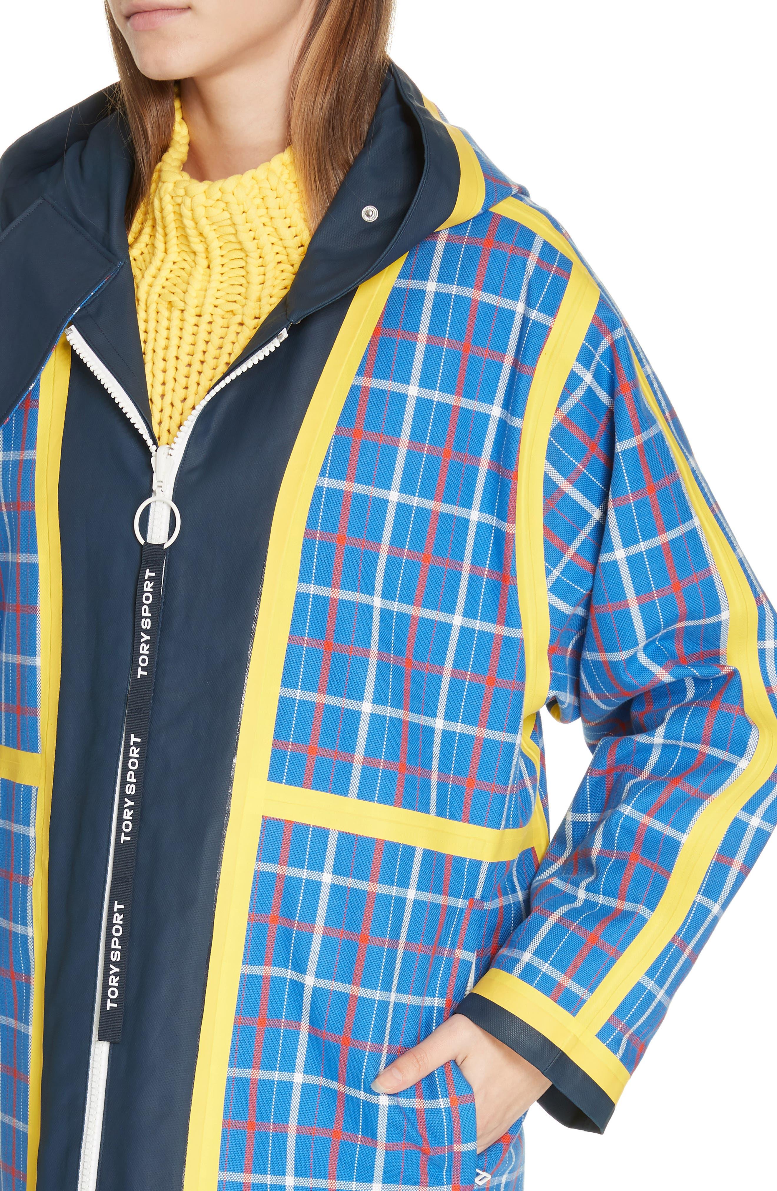 TORY SPORT, Reversible Coated Canvas Rain Coat, Alternate thumbnail 6, color, TANDEM PLAID LARGE SURF BLUE