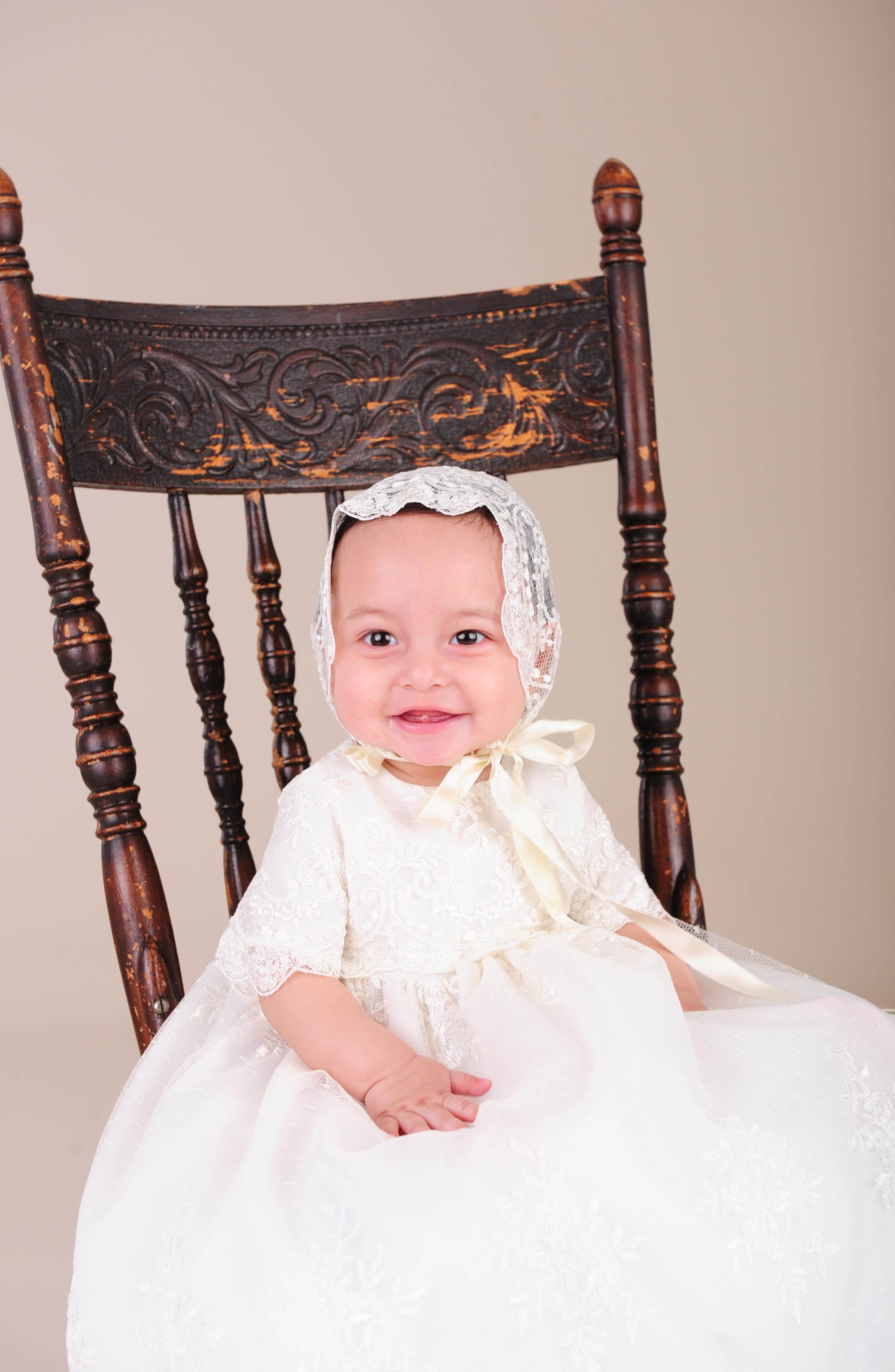 LITTLE THINGS MEAN A LOT, Christening Gown, Shawl, Slip & Bonnet Set, Alternate thumbnail 7, color, IVORY