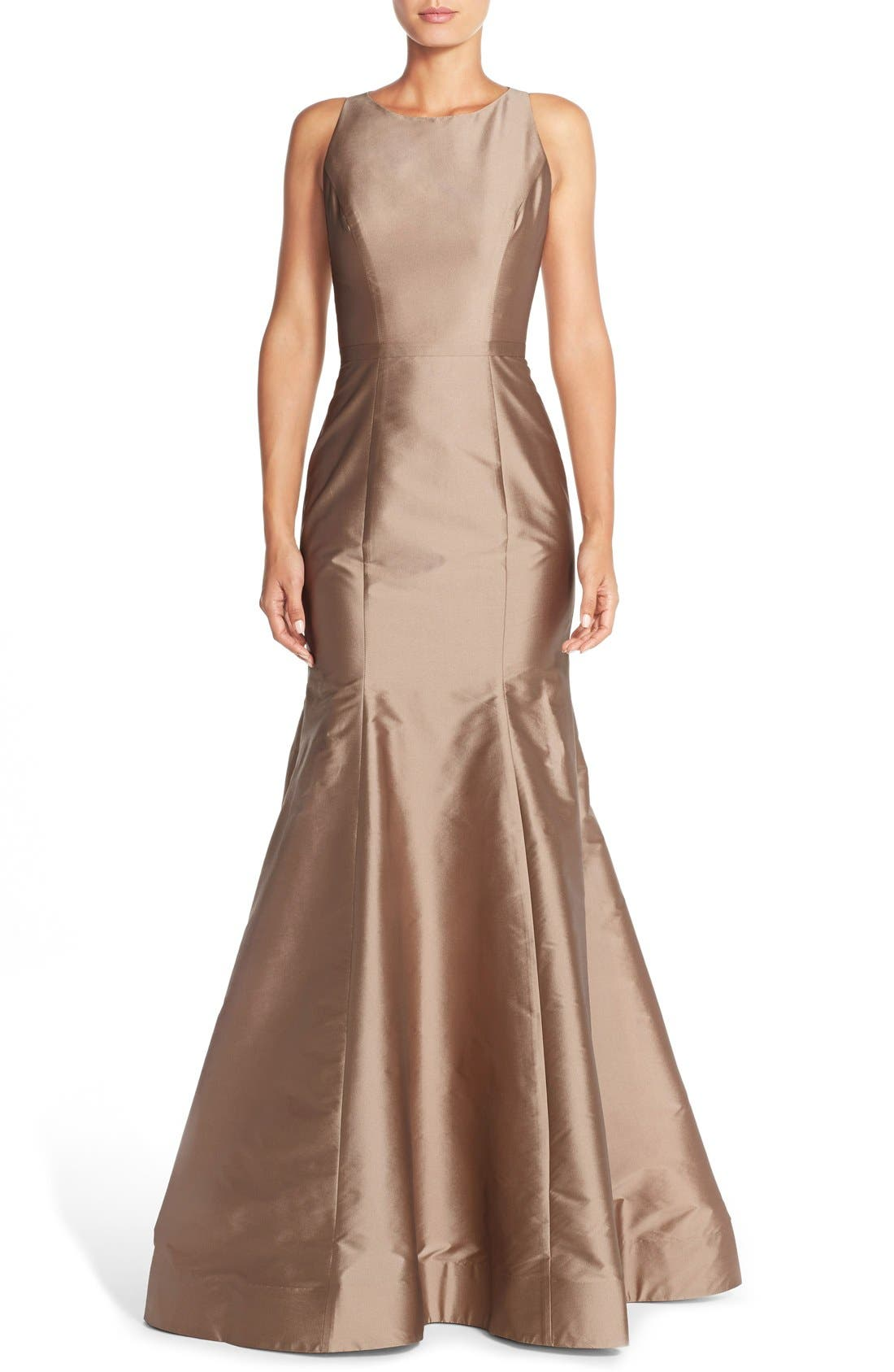 MONIQUE LHUILLIER BRIDESMAIDS Back Cutout Taffeta Mermaid Gown, Main, color, 909