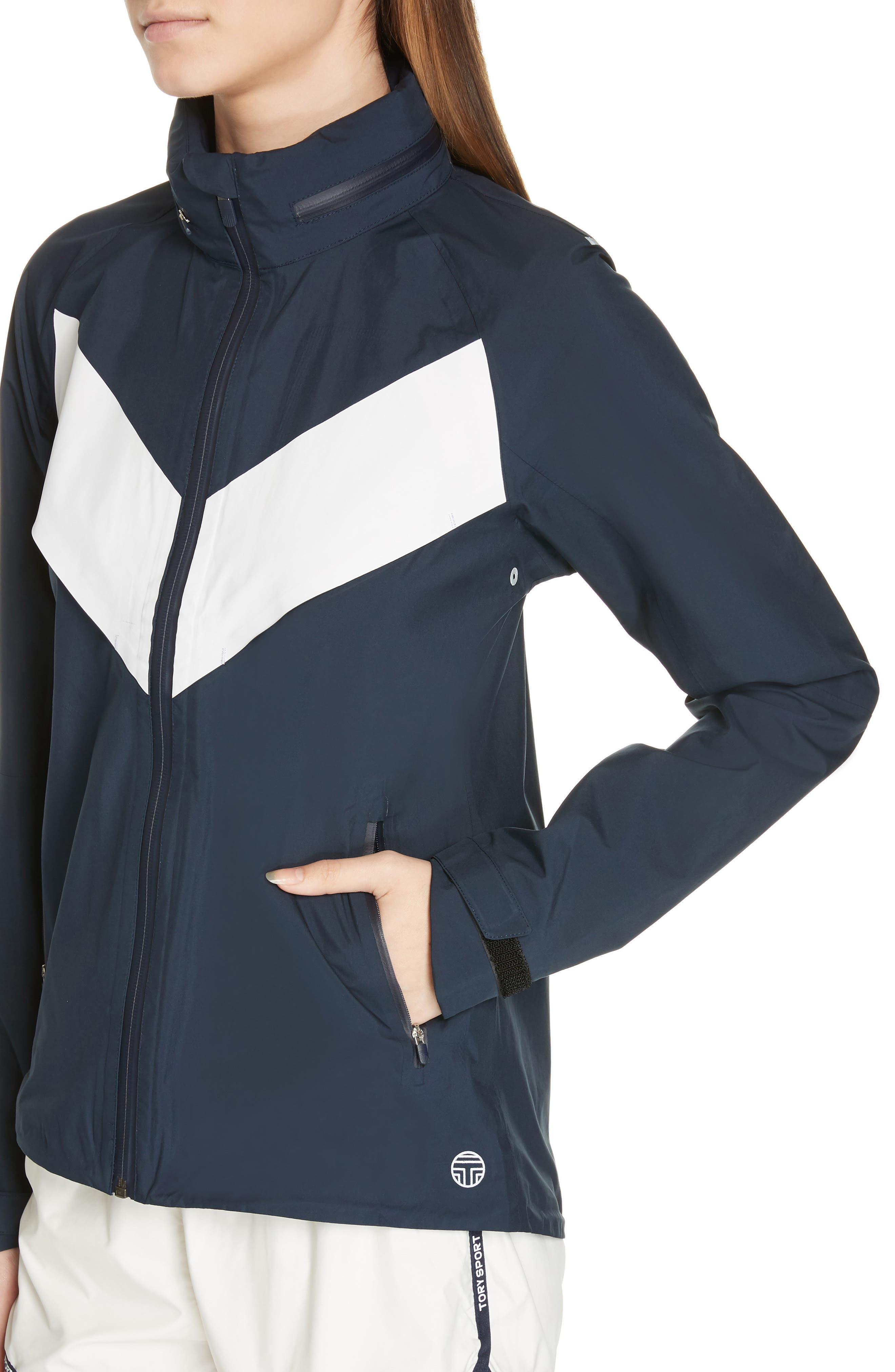 TORY SPORT, All Weather Run Jacket, Alternate thumbnail 5, color, TORY NAVY/ WHITE SNOW
