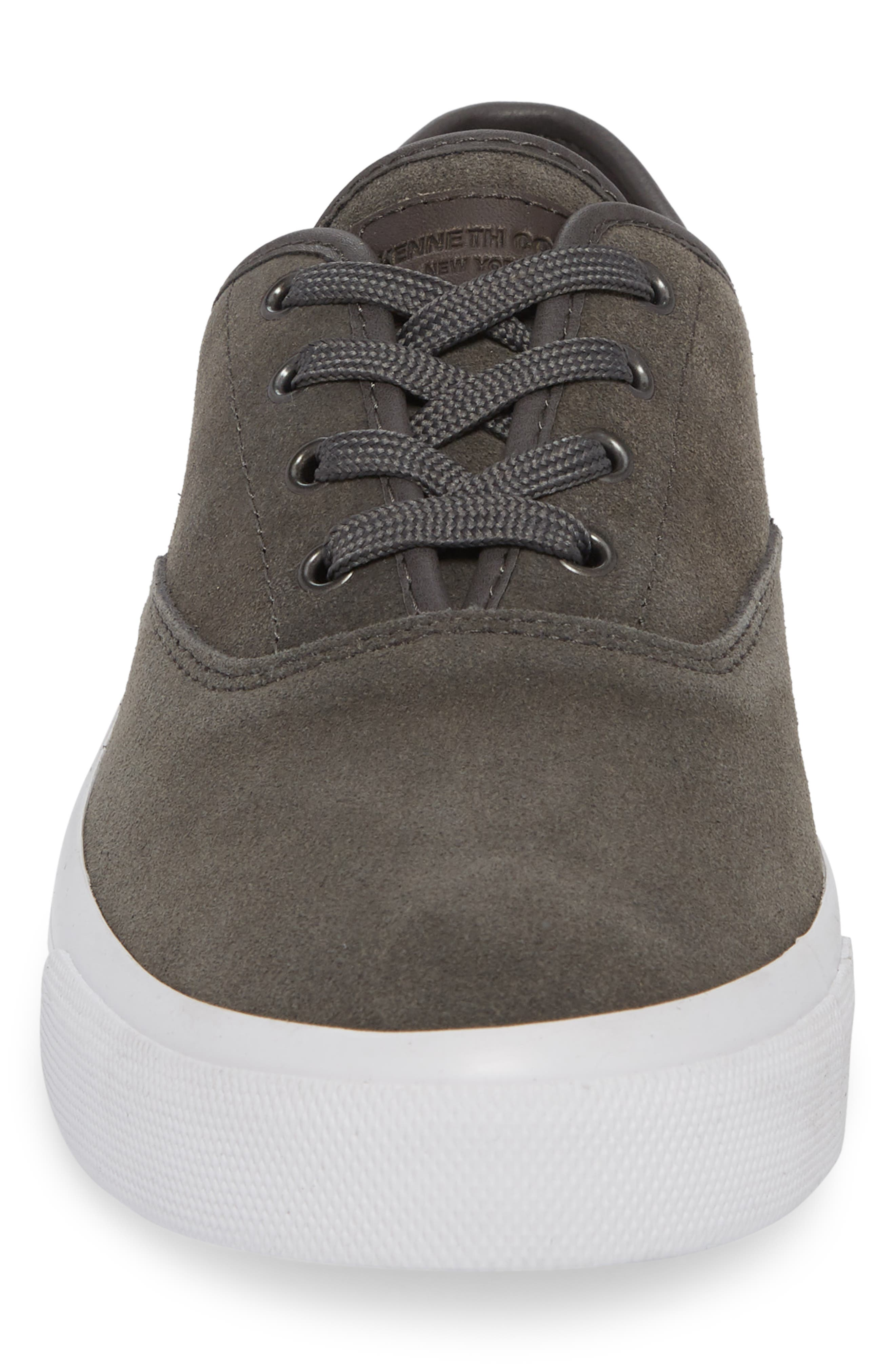 KENNETH COLE NEW YORK, Toor Low Top Sneaker, Alternate thumbnail 4, color, GREY COMBO SUEDE