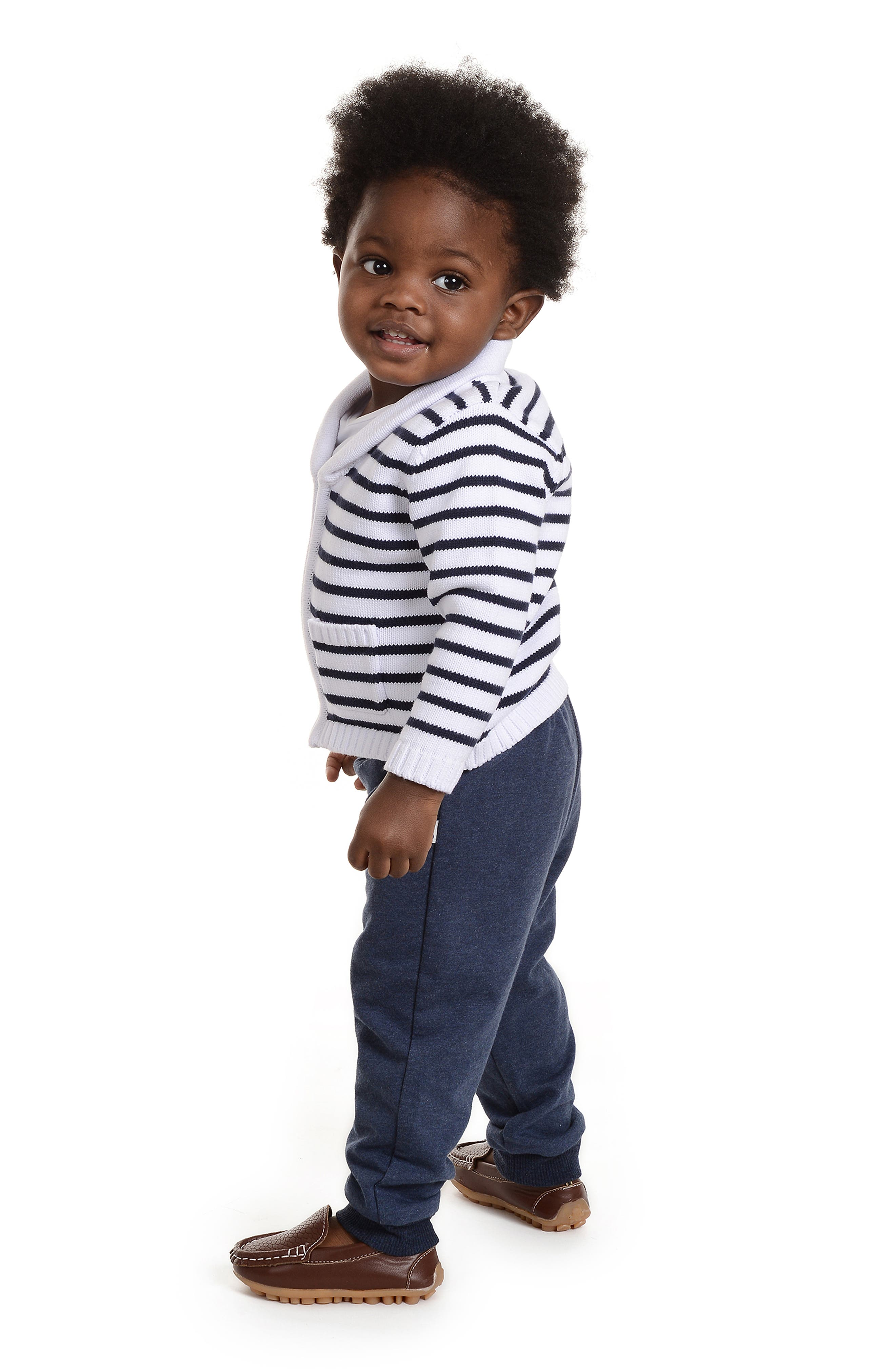 LITTLE BROTHER BY PIPPA & JULIE, Sweater, T-Shirt & Pants Set, Alternate thumbnail 4, color, NAVY/ WHITE