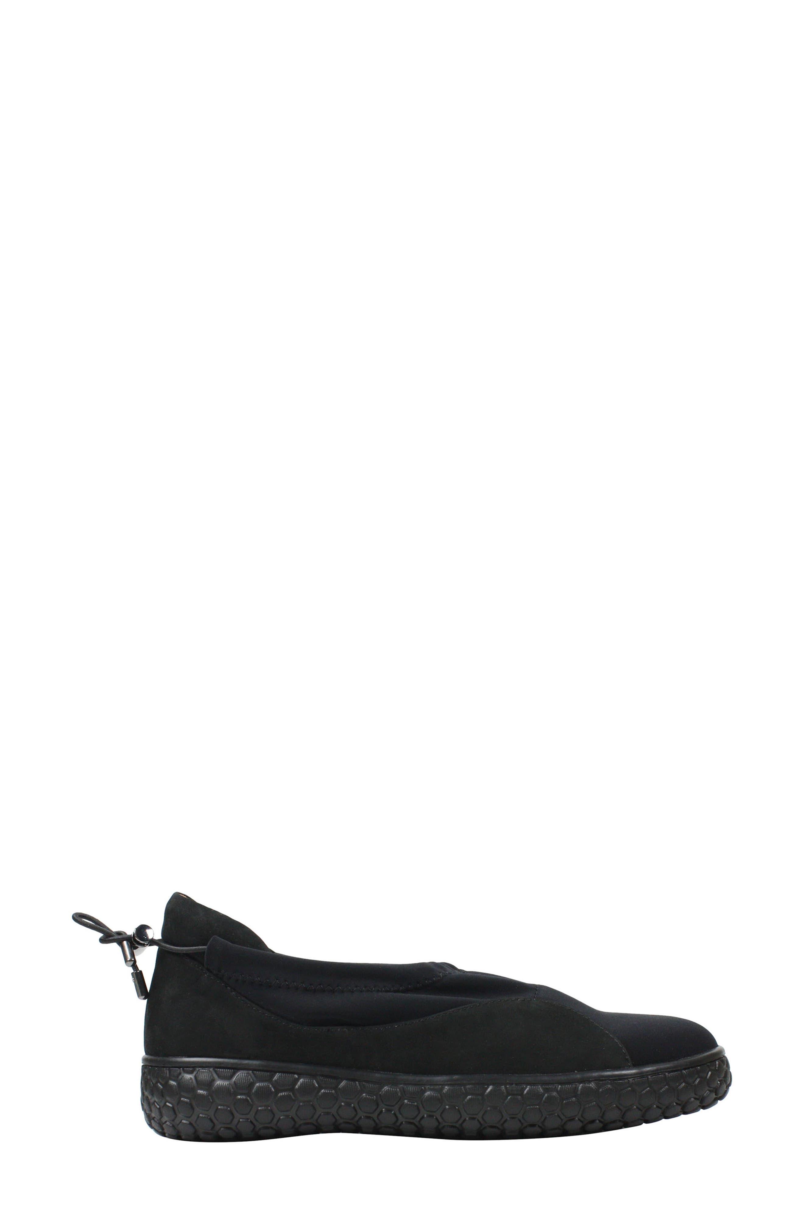 L'AMOUR DES PIEDS, Zaidee Flat, Alternate thumbnail 7, color, BLACK NUBUCK LEATHER