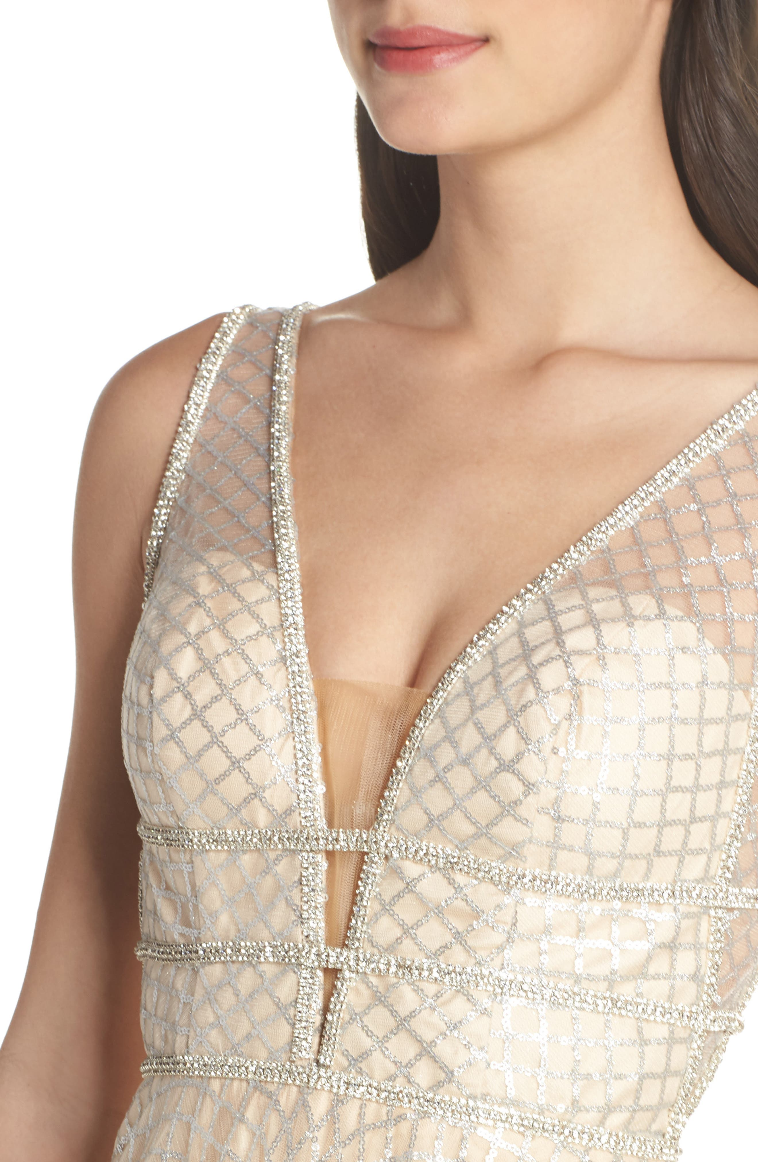 MAC DUGGAL, Sequin Illusion Neck Gown, Alternate thumbnail 5, color, NUDE/ SILVER