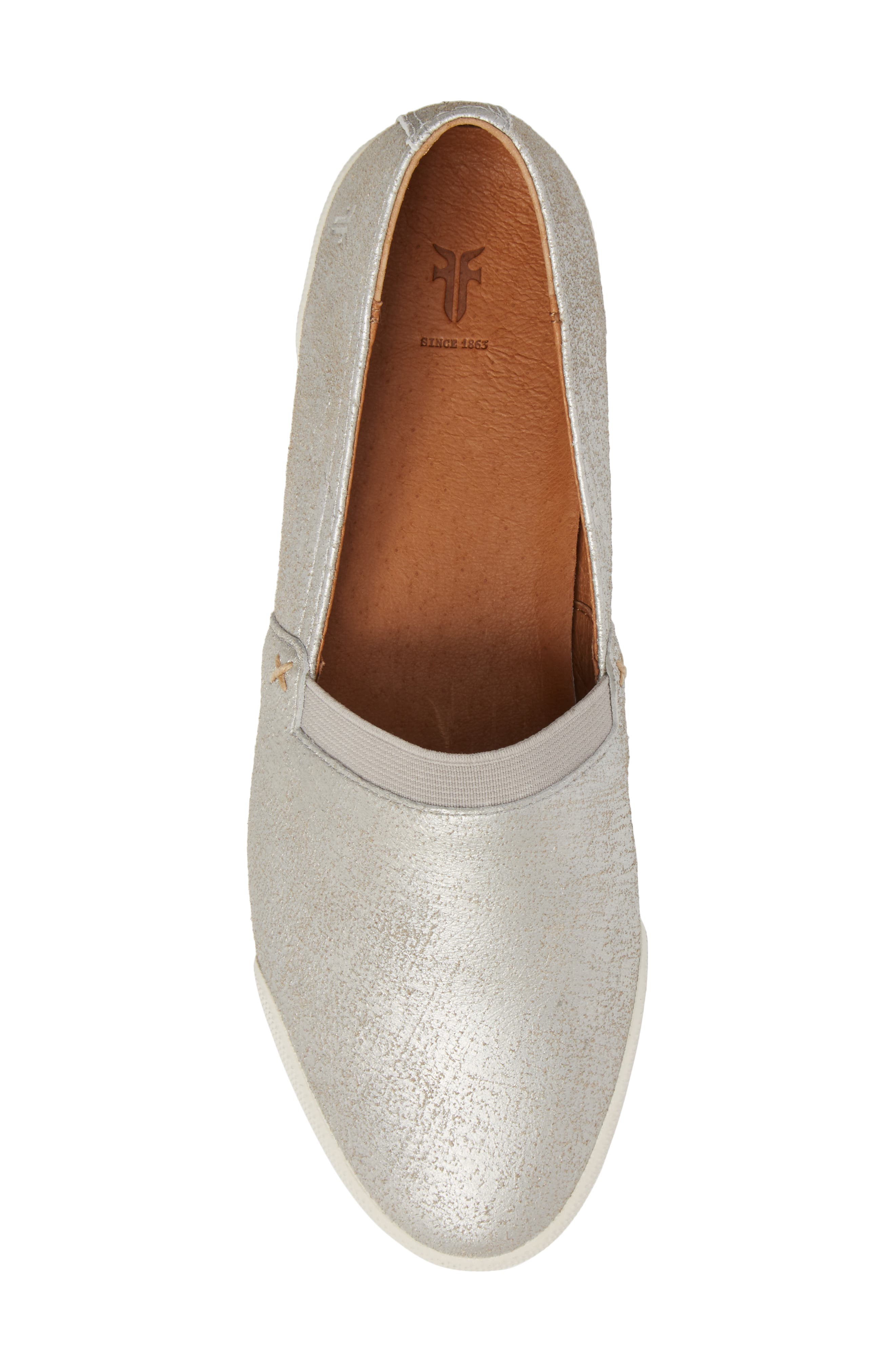 FRYE, 'Melanie' Slip-On, Alternate thumbnail 5, color, SILVER