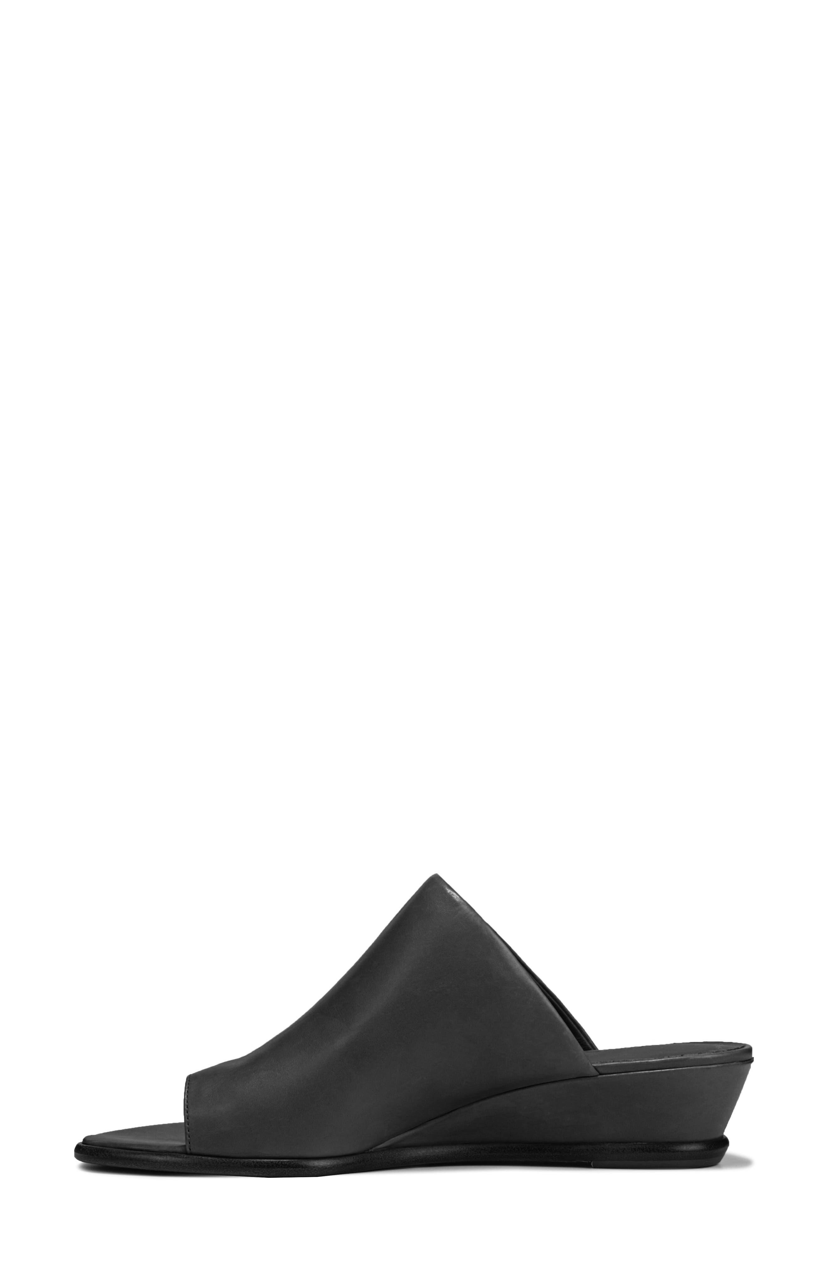 VINCE, Darla Slide Sandal, Alternate thumbnail 9, color, BLACK