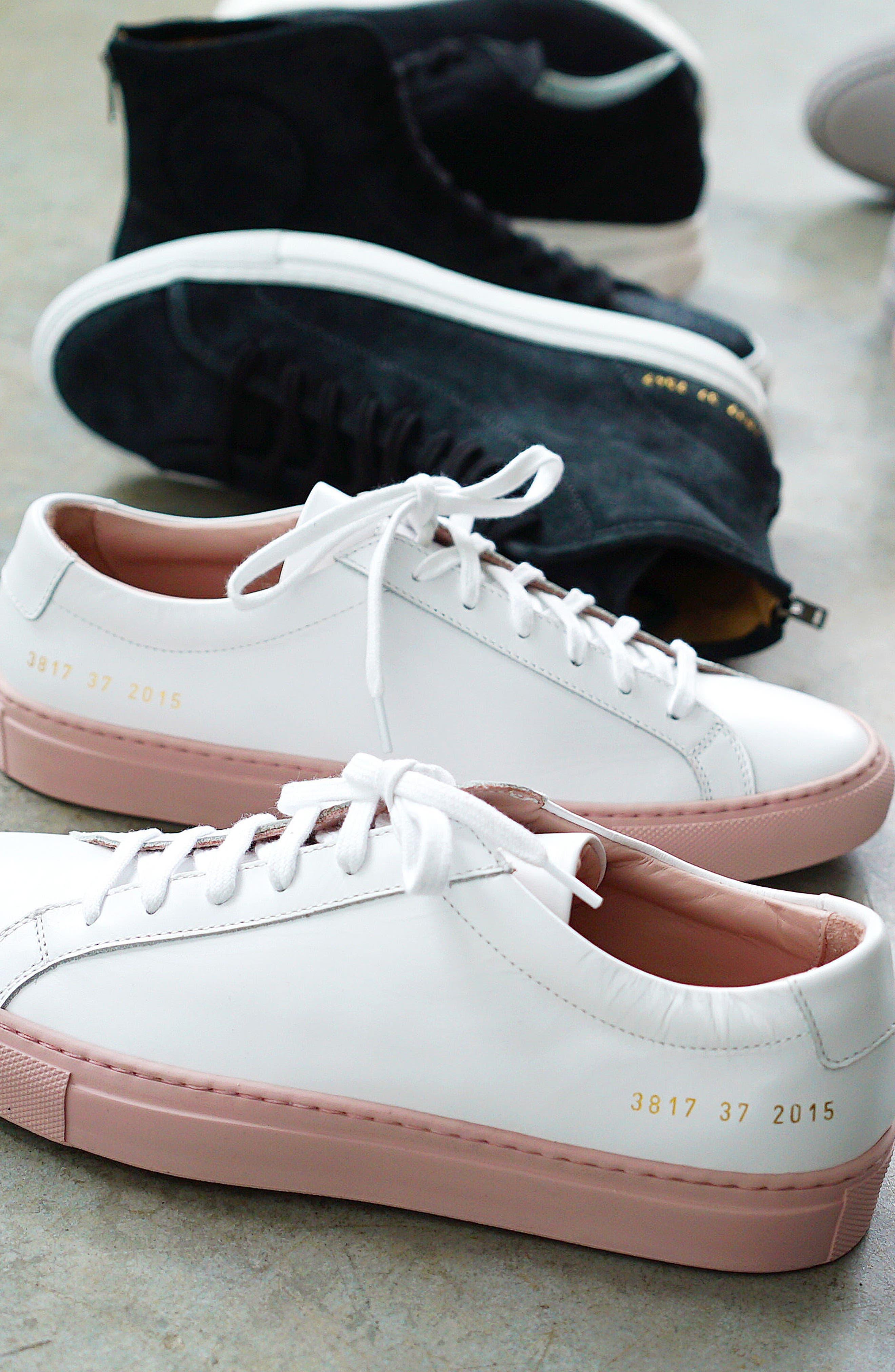 COMMON PROJECTS, Original Achilles Low Sneaker, Alternate thumbnail 9, color, BLACK