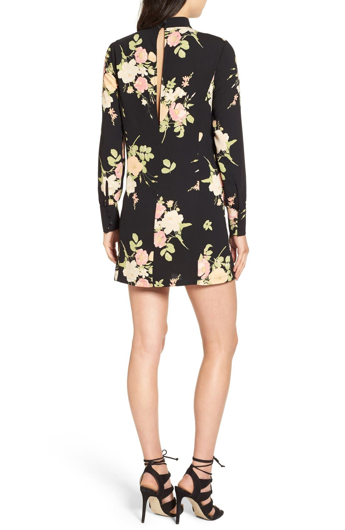 LEITH, Floral Print Mock Neck Shift Dress, Alternate thumbnail 6, color, 001
