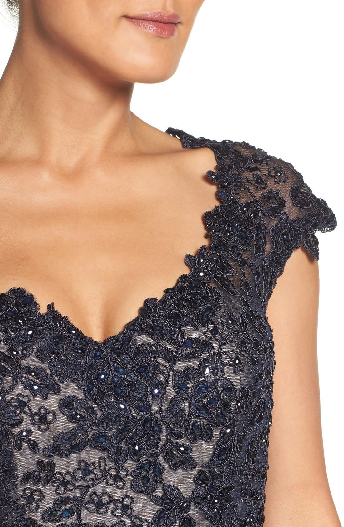 LA FEMME, Embellished Lace & Satin Mermaid Gown, Alternate thumbnail 4, color, NAVY