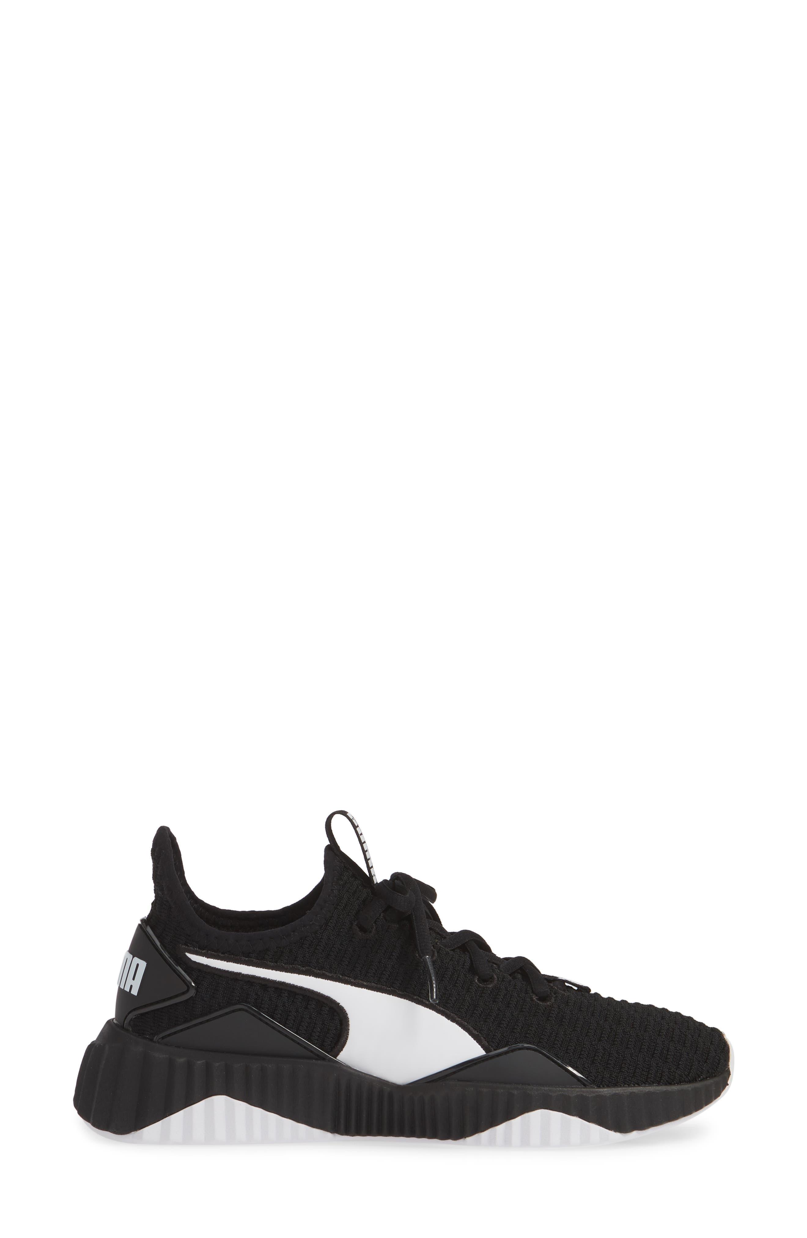 PUMA, Defy Sneaker, Alternate thumbnail 3, color, BLACK/ WHITE