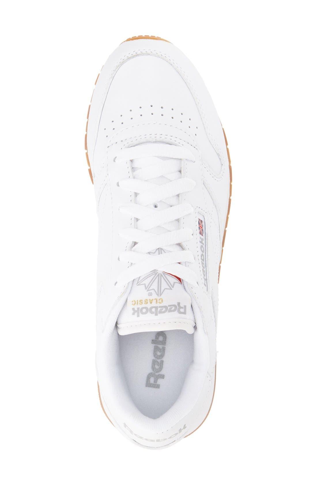 REEBOK, Classic Leather Sneaker, Alternate thumbnail 7, color, US-WHITE/ GUM
