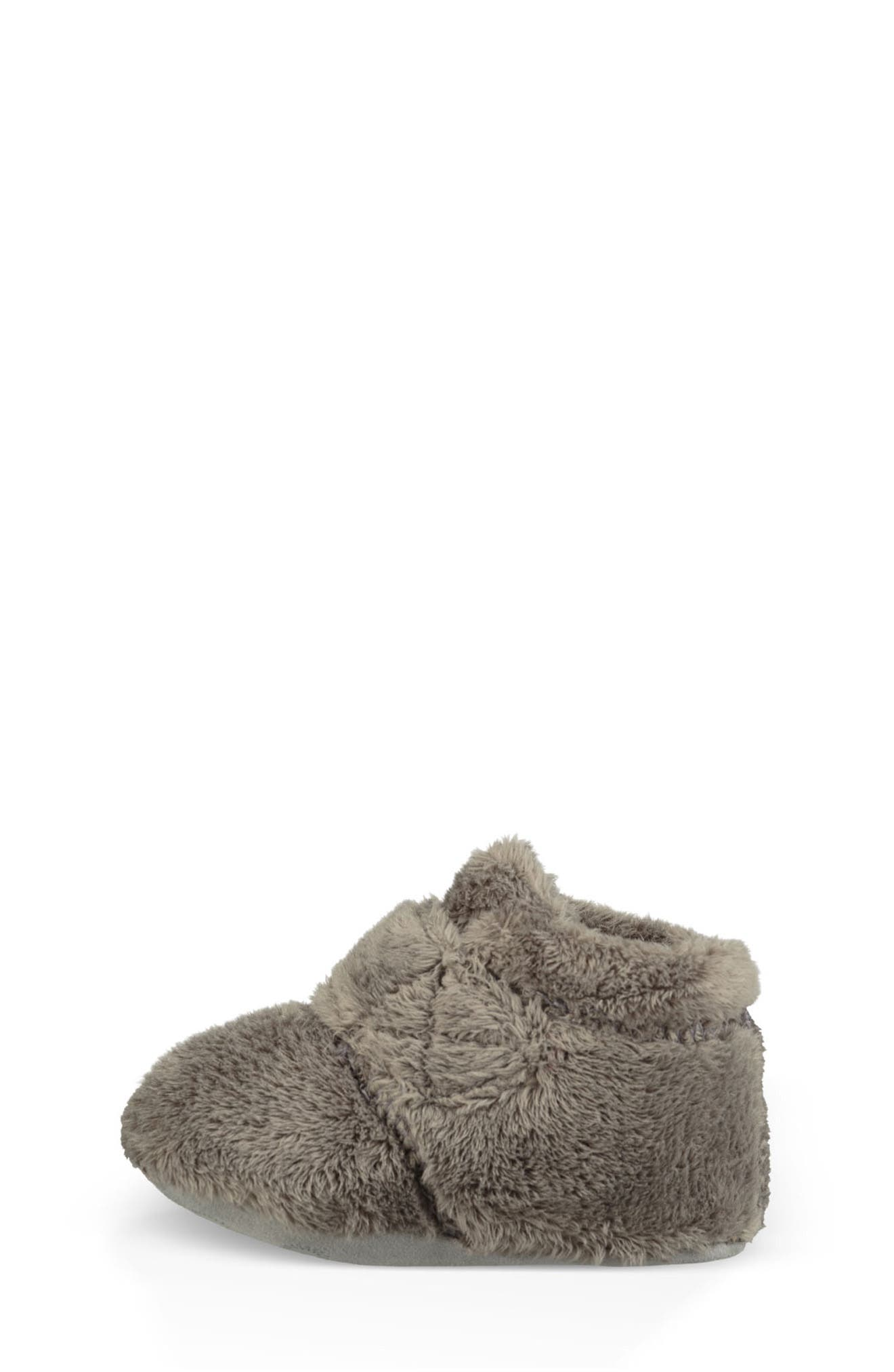 UGG<SUP>®</SUP>, Bixbee Booties & Lovey Blanket Set, Alternate thumbnail 3, color, CHARCOAL