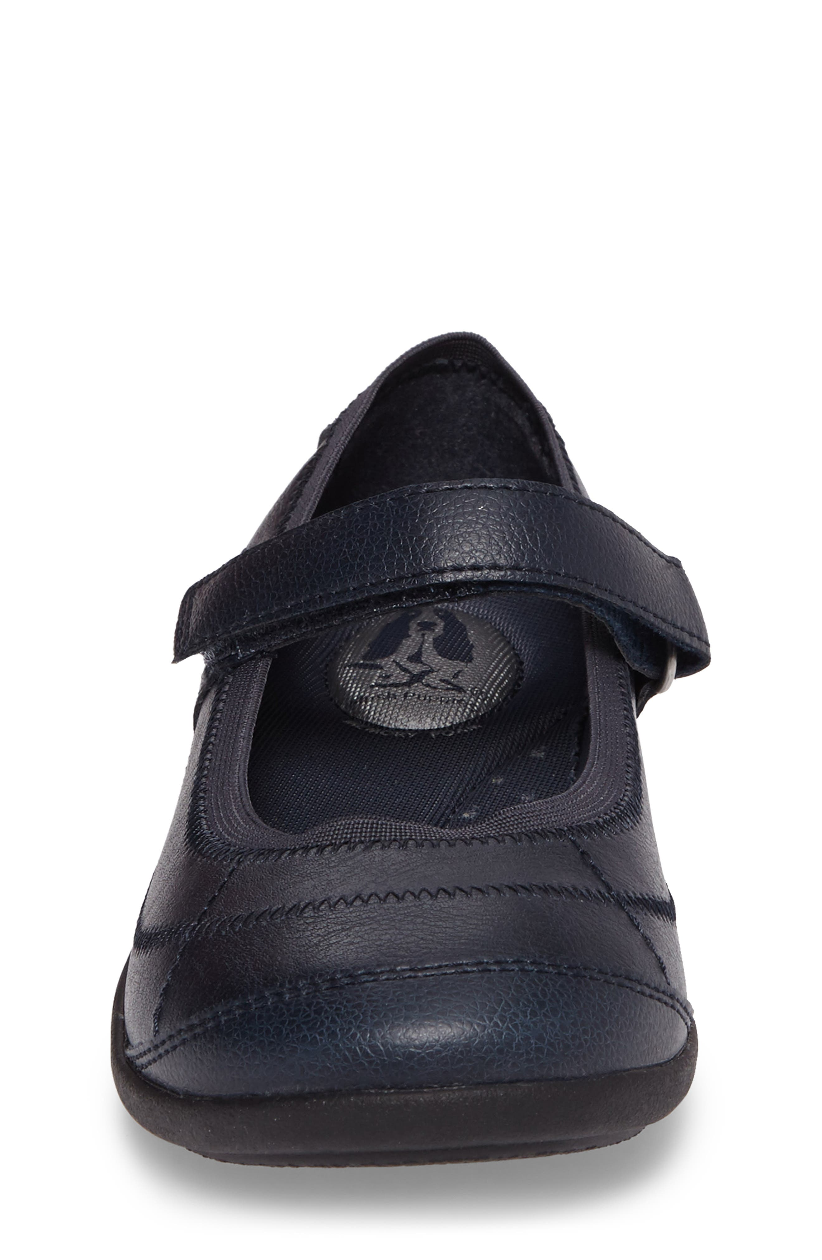HUSH PUPPIES<SUP>®</SUP>, Reese Mary Jane Flat, Alternate thumbnail 4, color, NAVY LEATHER