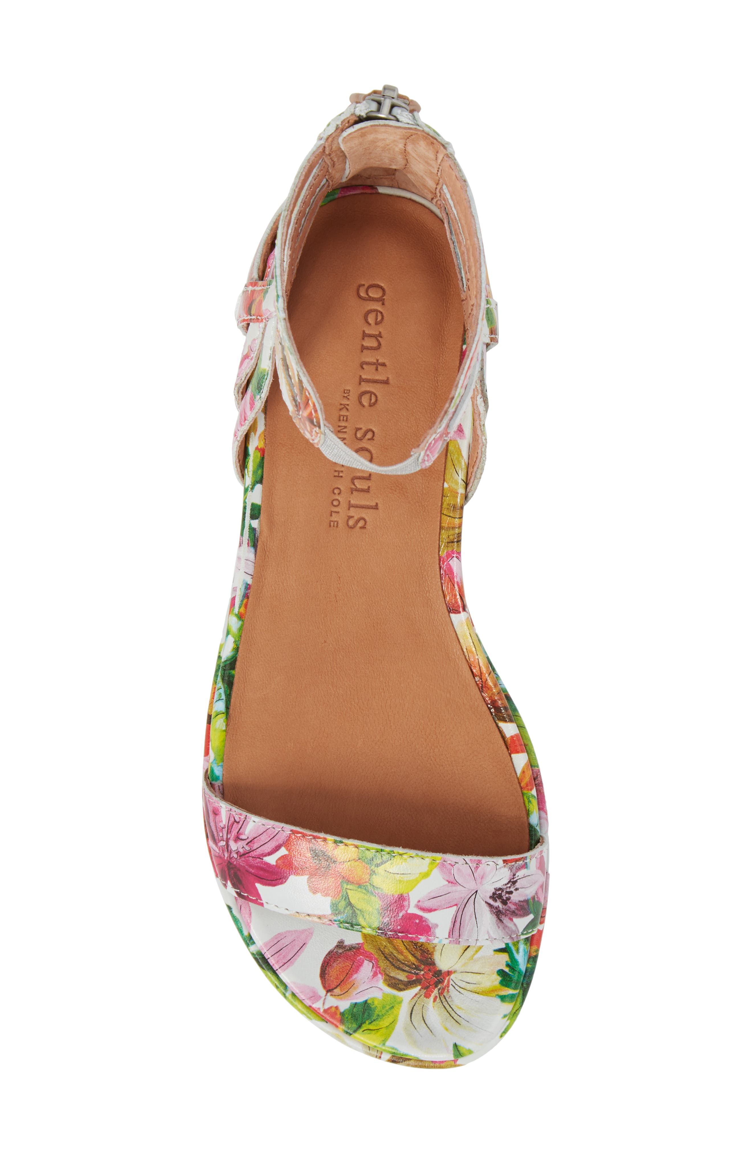 GENTLE SOULS BY KENNETH COLE, Larissa Sandal, Alternate thumbnail 5, color, PALM PRINTED LEATHER