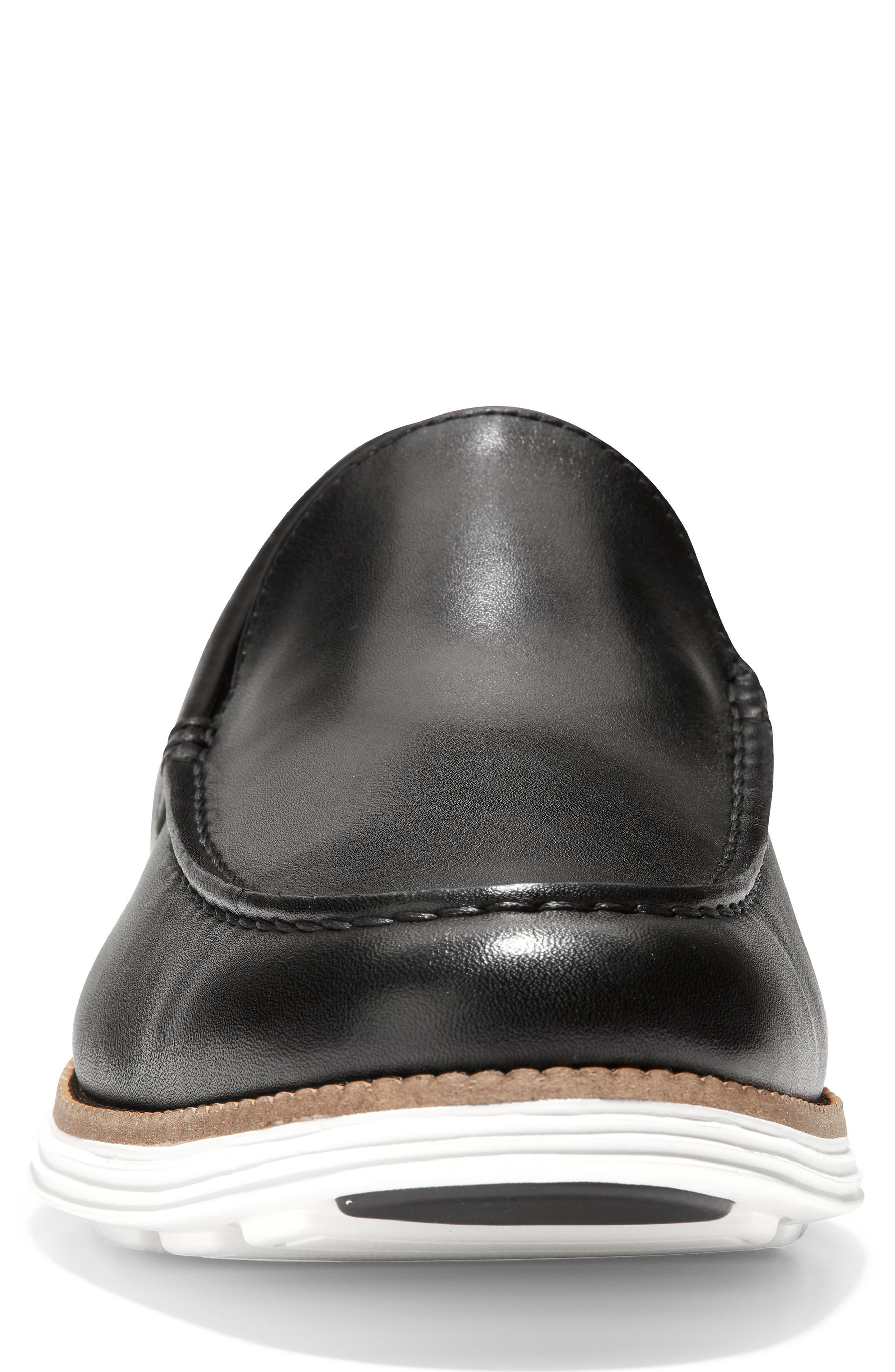 COLE HAAN, Original Grand Loafer, Alternate thumbnail 4, color, BLACK/ OPTIC WHITE LEATHER