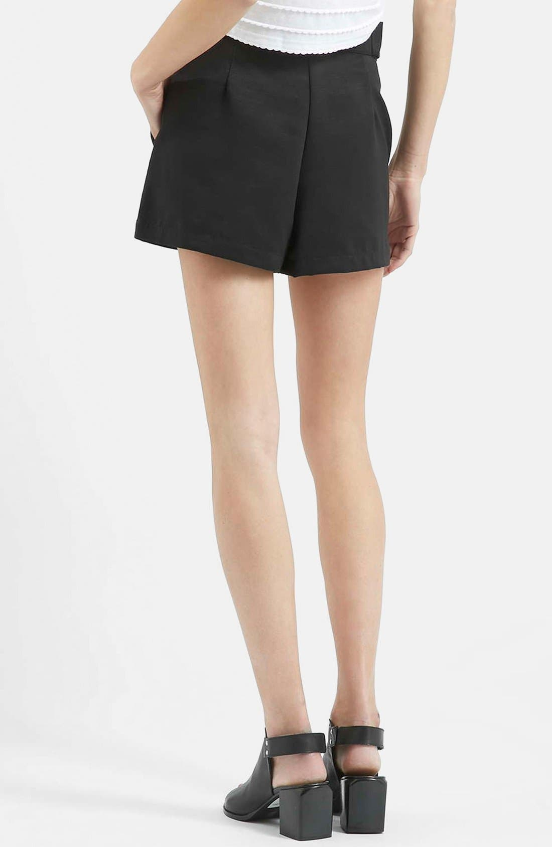 TOPSHOP, High Rise Button Tab Shorts, Alternate thumbnail 5, color, 001