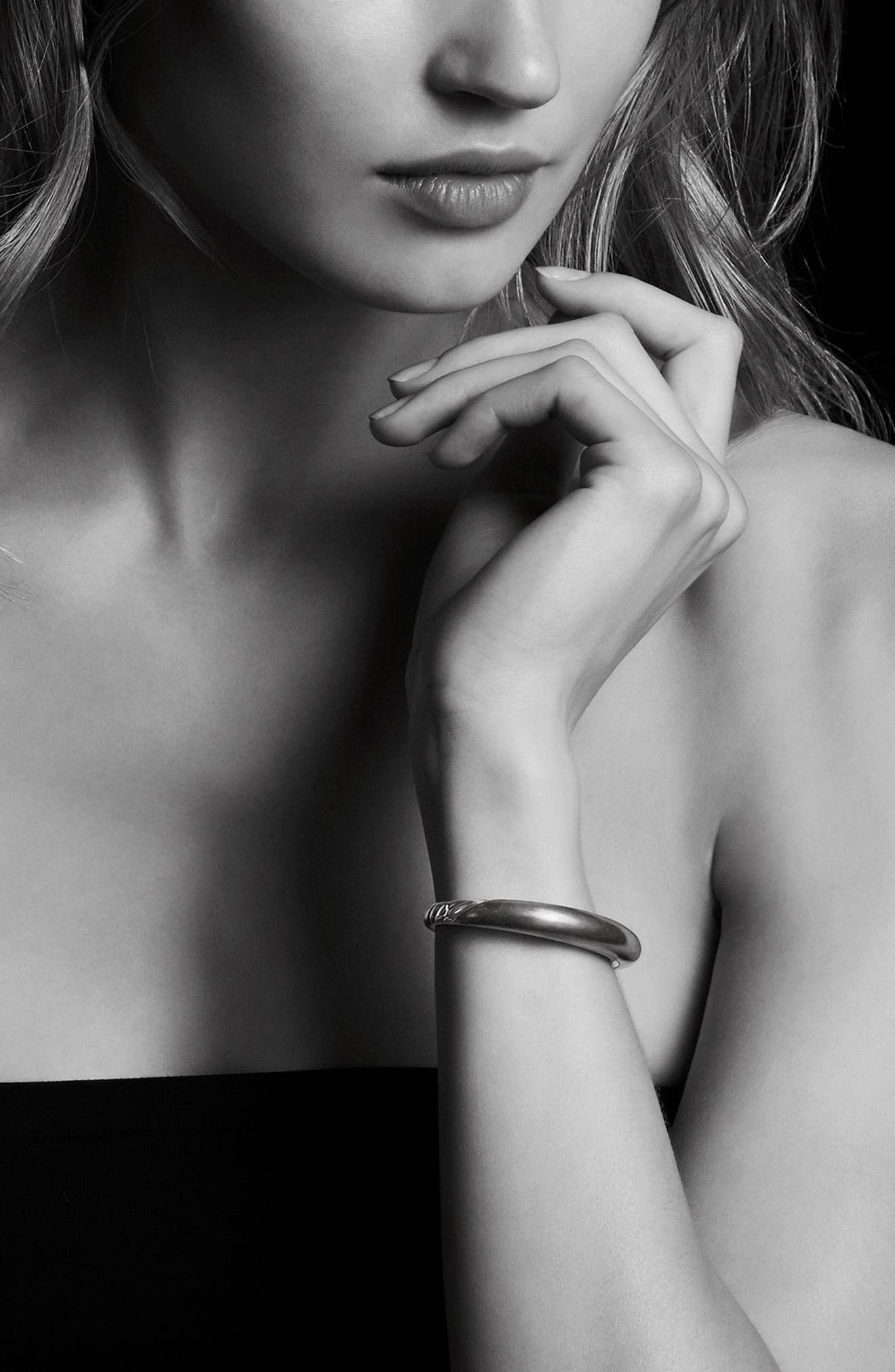 DAVID YURMAN, Pure Form Mixed Metal Smooth Bracelet with Diamonds, Bronze and Silver, 9.5mm, Alternate thumbnail 2, color, SILVER