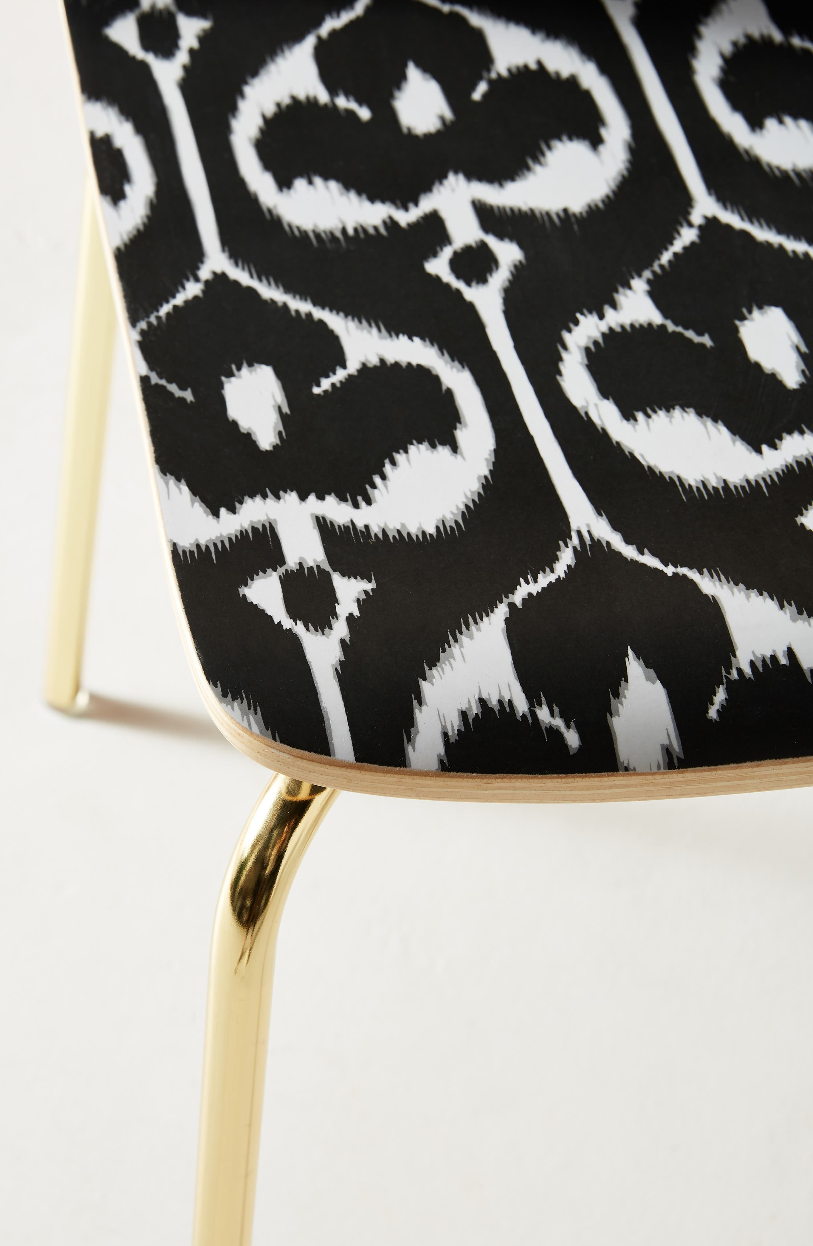 ANTHROPOLOGIE, Ikat Tamsin Dining Chair, Alternate thumbnail 5, color, BLACK AND WHITE