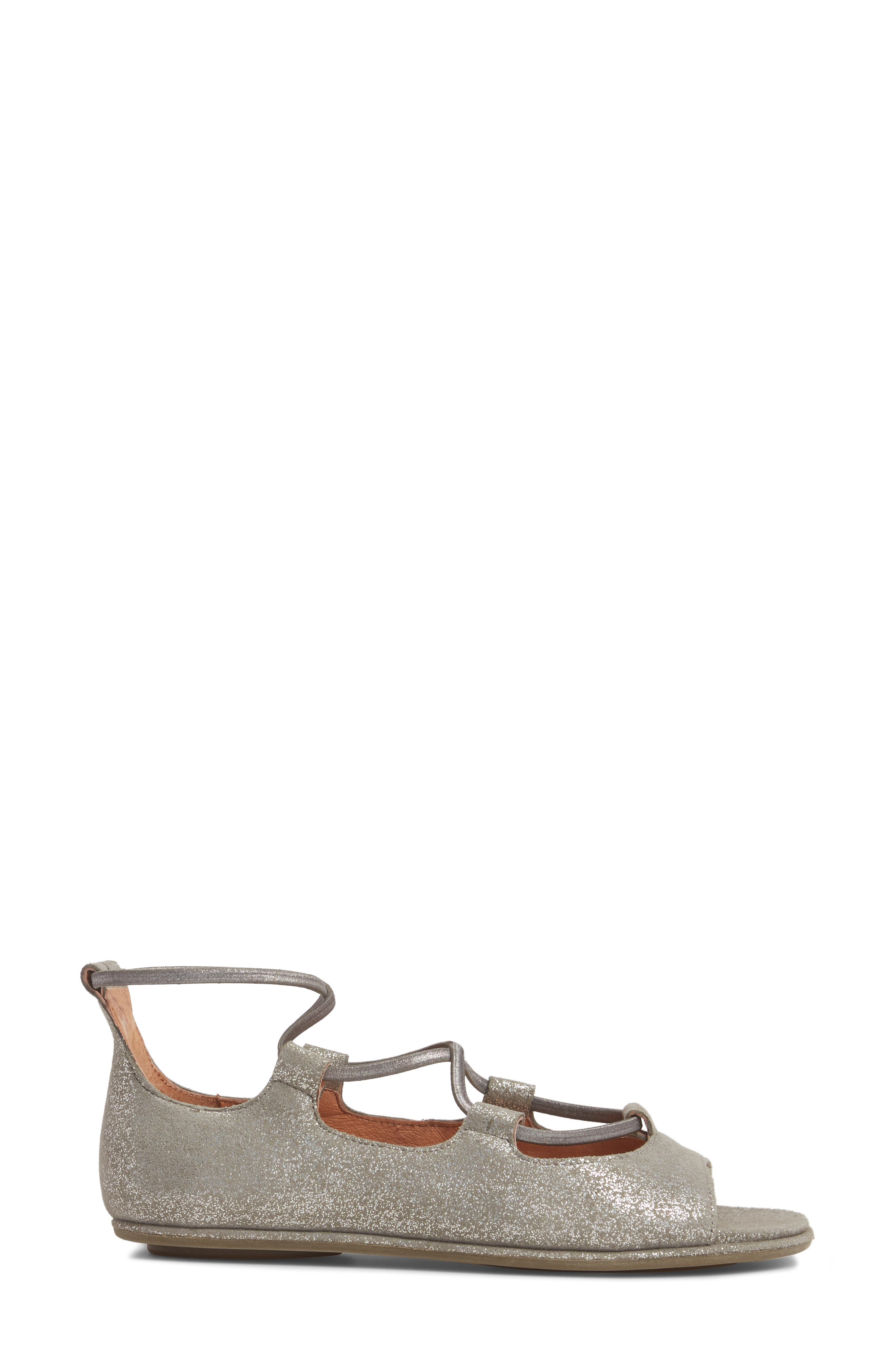 GENTLE SOULS BY KENNETH COLE, Lark Sandal, Alternate thumbnail 3, color, LIGHT PEWTER METALLIC LEATHER