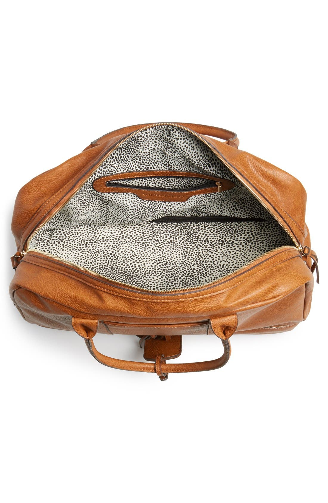 SOLE SOCIETY, Mason Weekend Bag, Alternate thumbnail 5, color, COGNAC