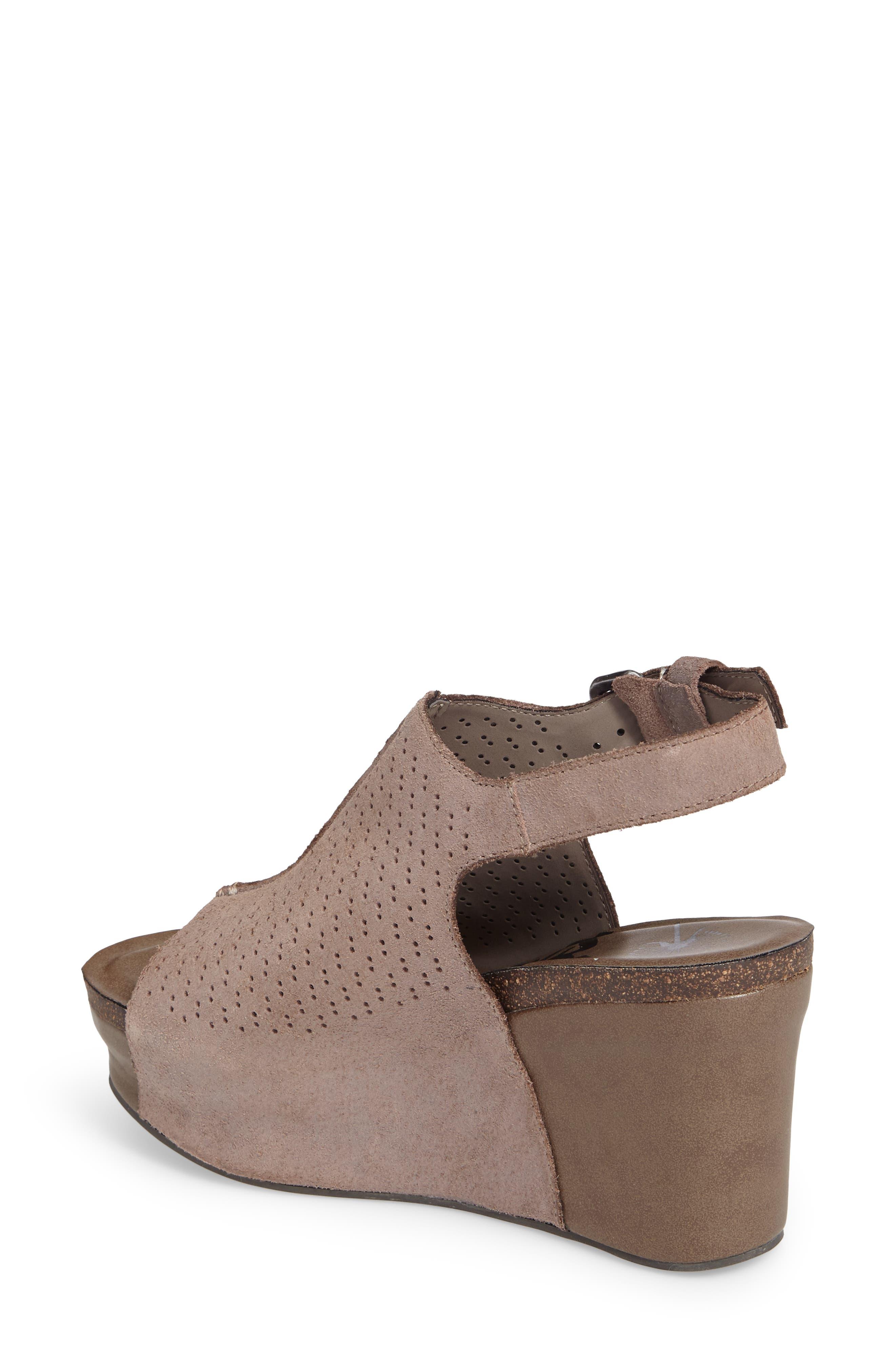 OTBT, Jaunt Platform Wedge Sandal, Alternate thumbnail 2, color, GREY POWDER SUEDE