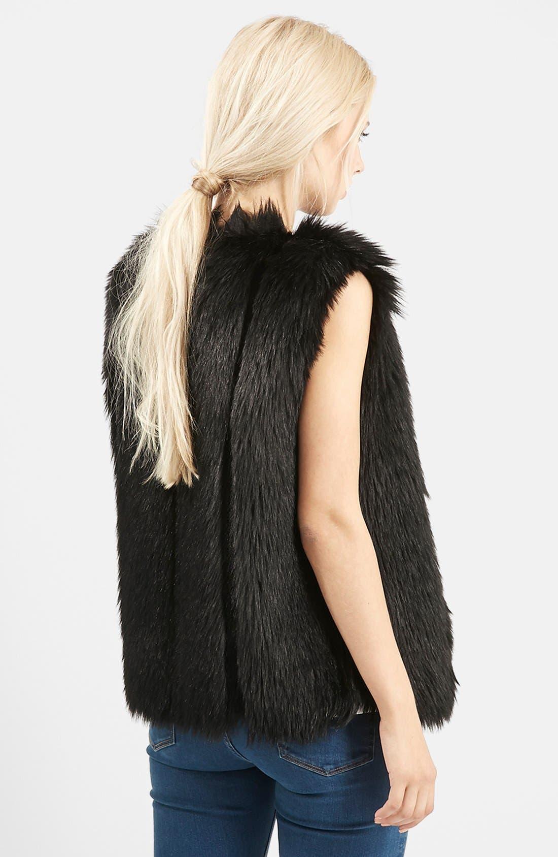 TOPSHOP, 'Leah' Faux Fur Vest, Alternate thumbnail 4, color, 001