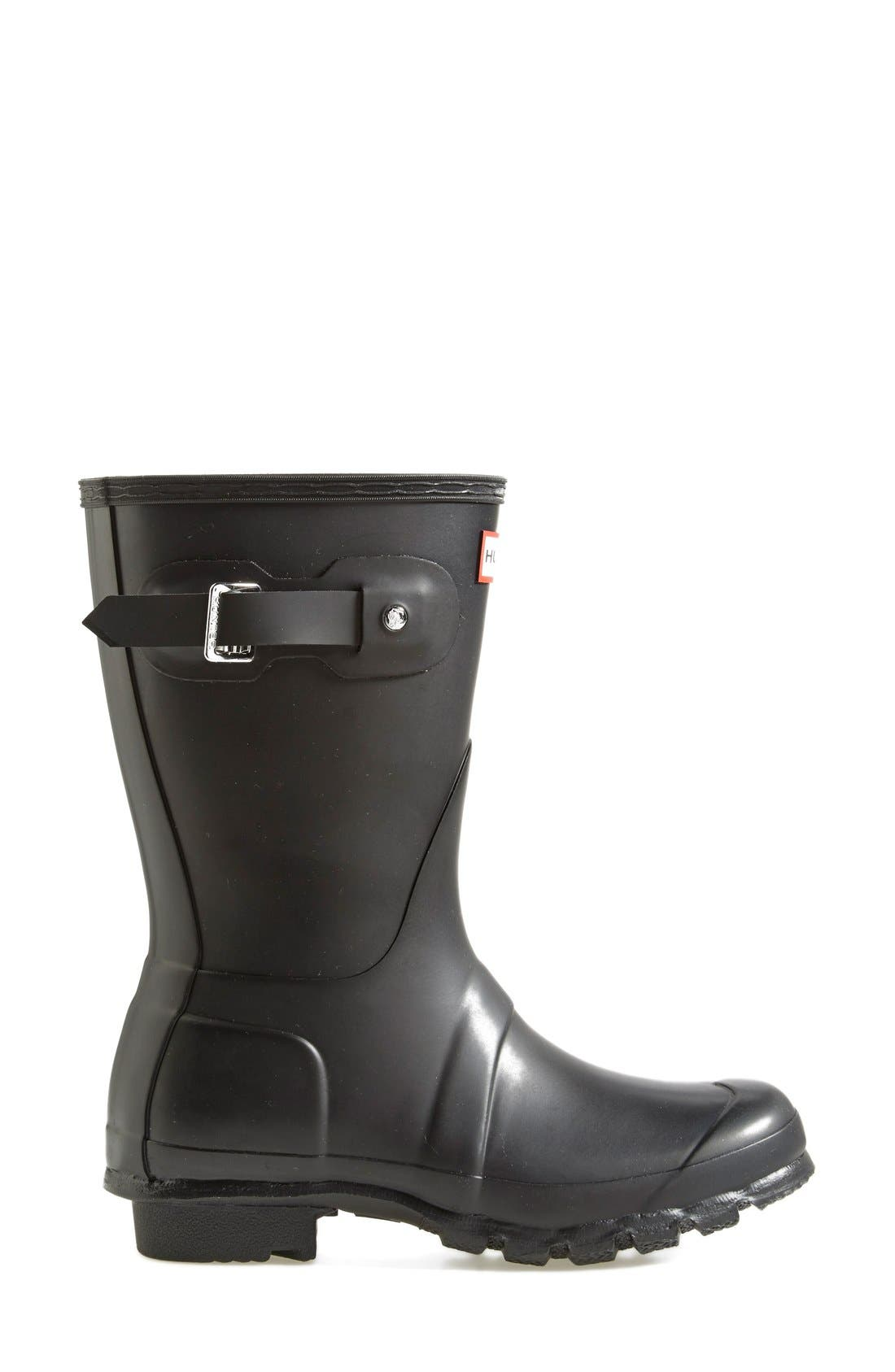 HUNTER, Original Short Waterproof Rain Boot, Alternate thumbnail 4, color, BLACK MATTE
