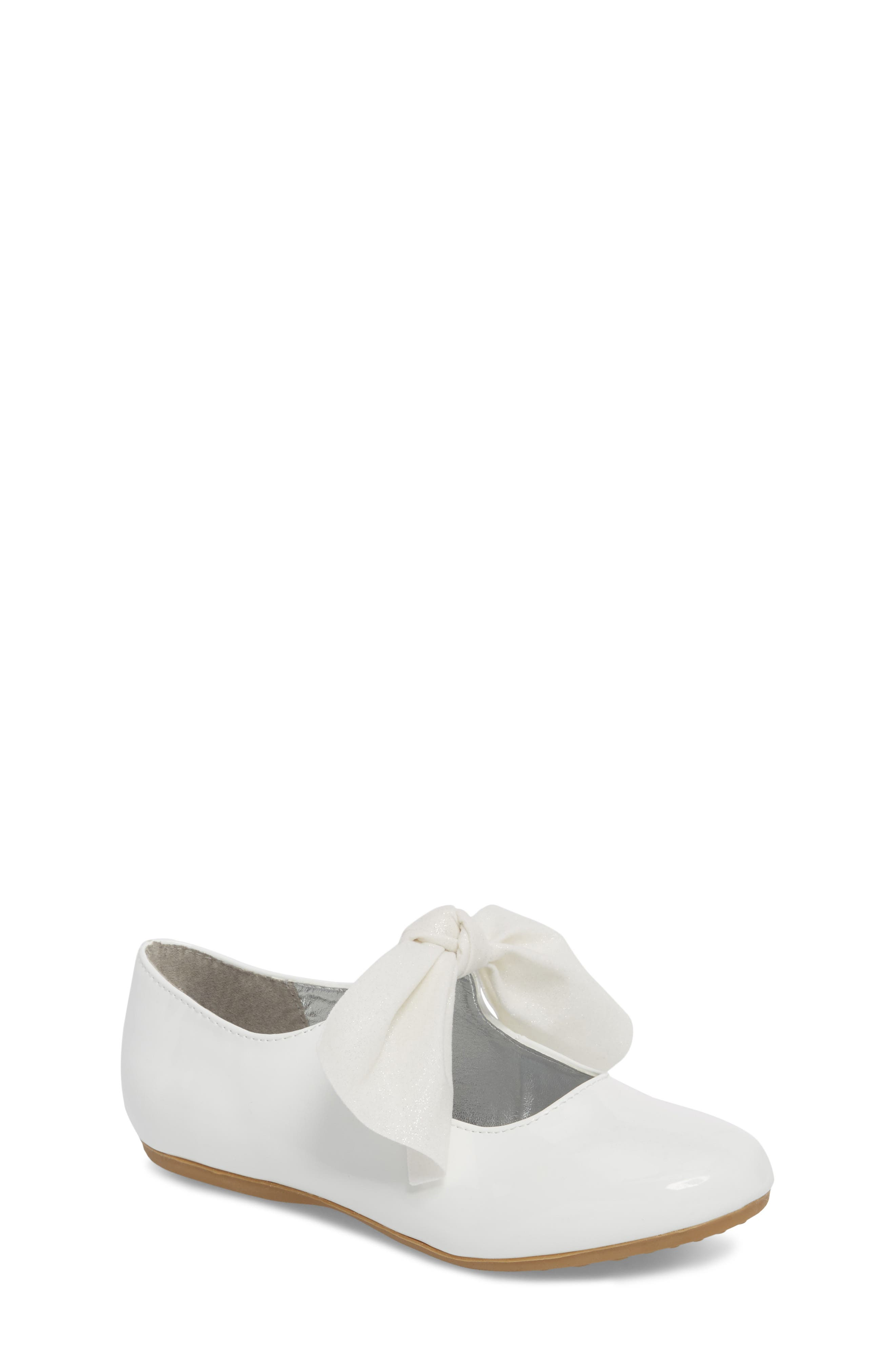 KENNETH COLE NEW YORK, Reaction Kenneth Cole Rose Bow Mary Jane Flat, Main thumbnail 1, color, WHITE PATENT