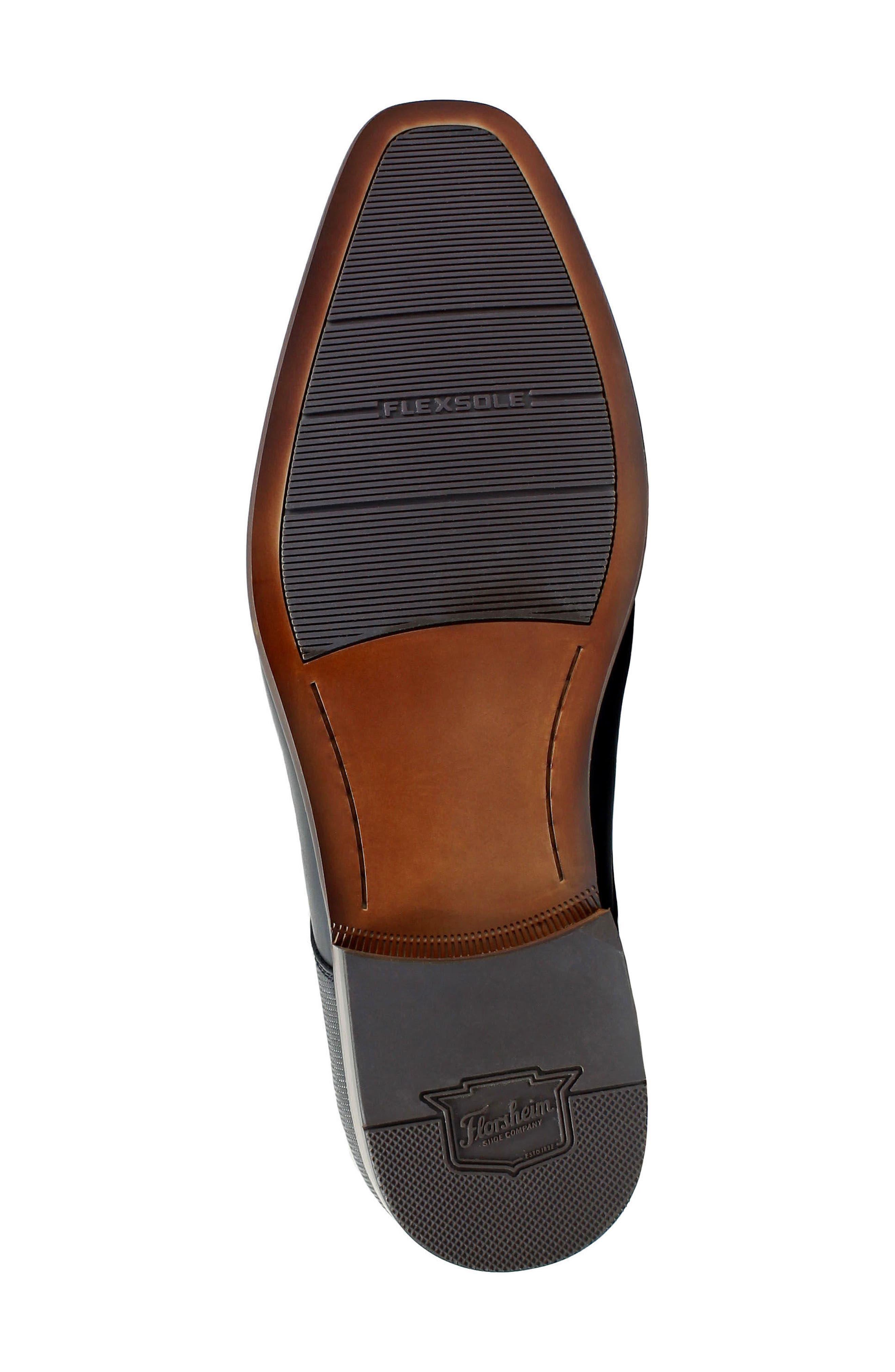 FLORSHEIM, Postino Apron Toe Textured Penny Loafer, Alternate thumbnail 5, color, BLACK LEATHER