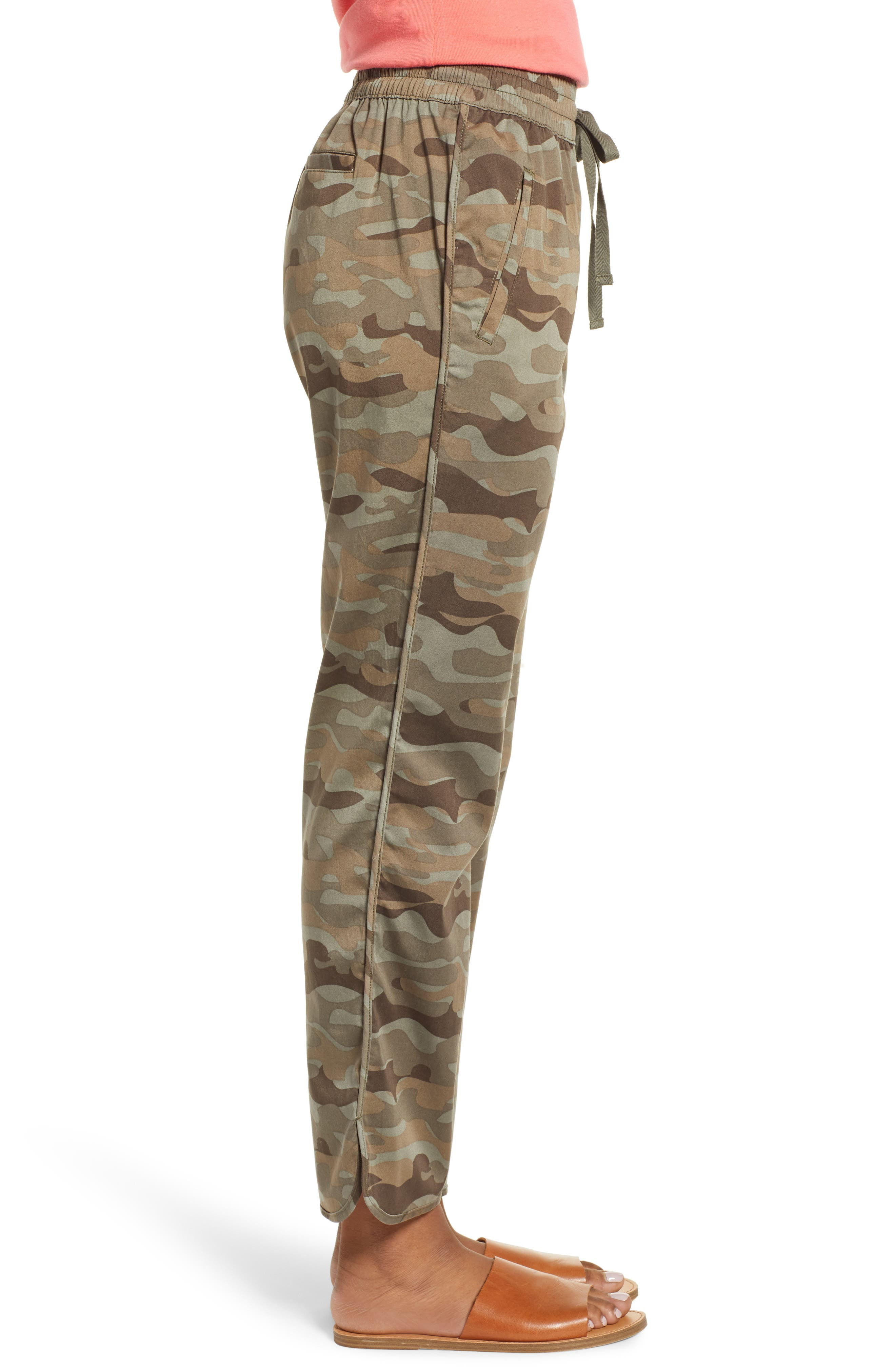 CASLON<SUP>®</SUP>, Sandwashed Pull-On Pants, Alternate thumbnail 3, color, OLIVE FADED LARGE CAMO PRINT