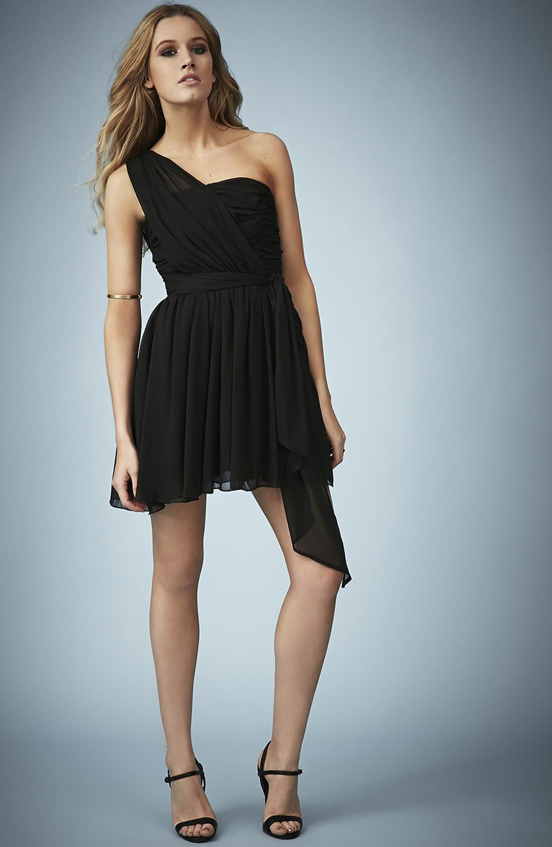 TOPSHOP, Kate Moss for Topshop One-Shoulder Chiffon Dress, Alternate thumbnail 4, color, 001