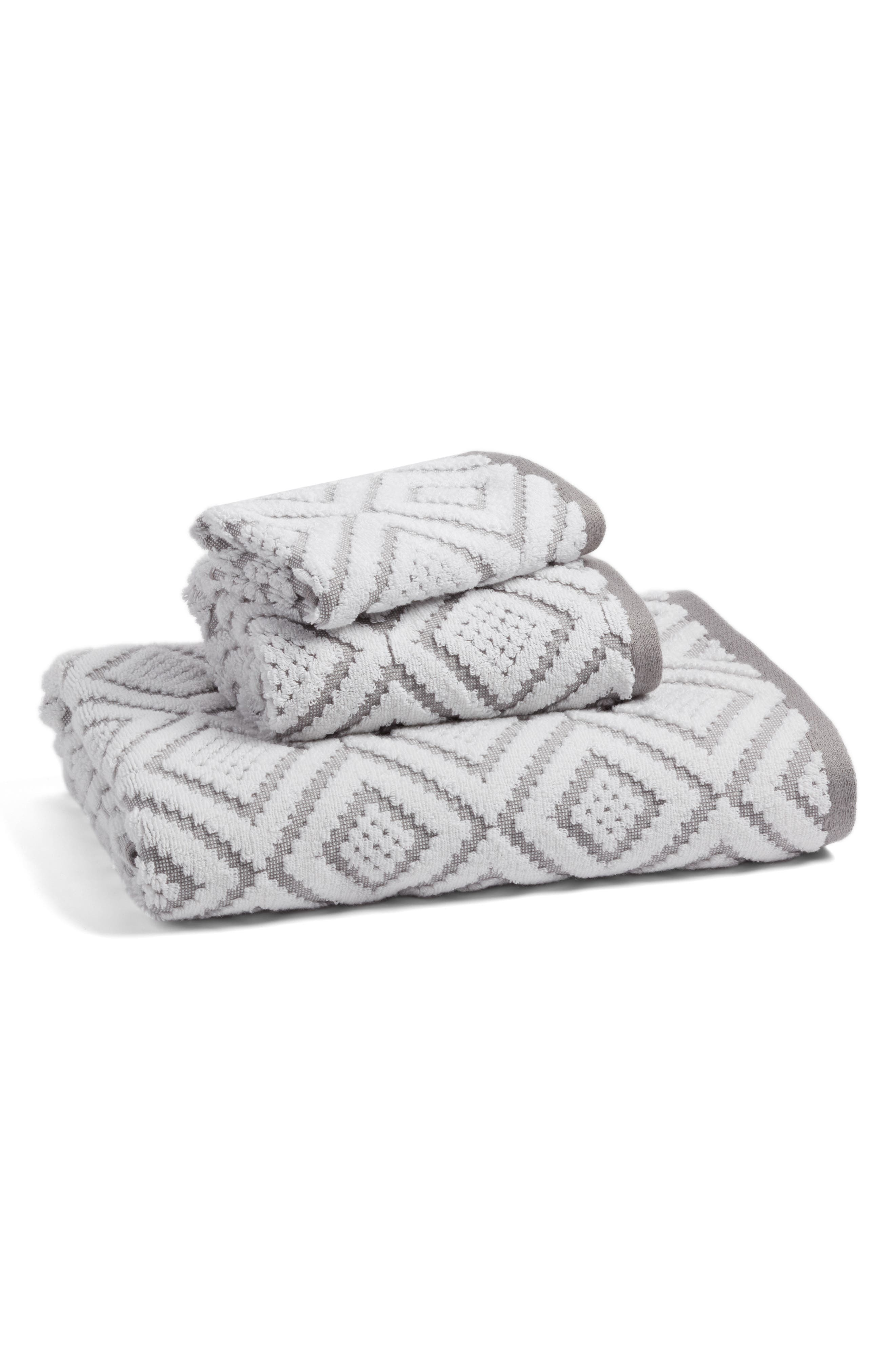 NORDSTROM AT HOME, Diamond Bath Towel, Alternate thumbnail 2, color, 020